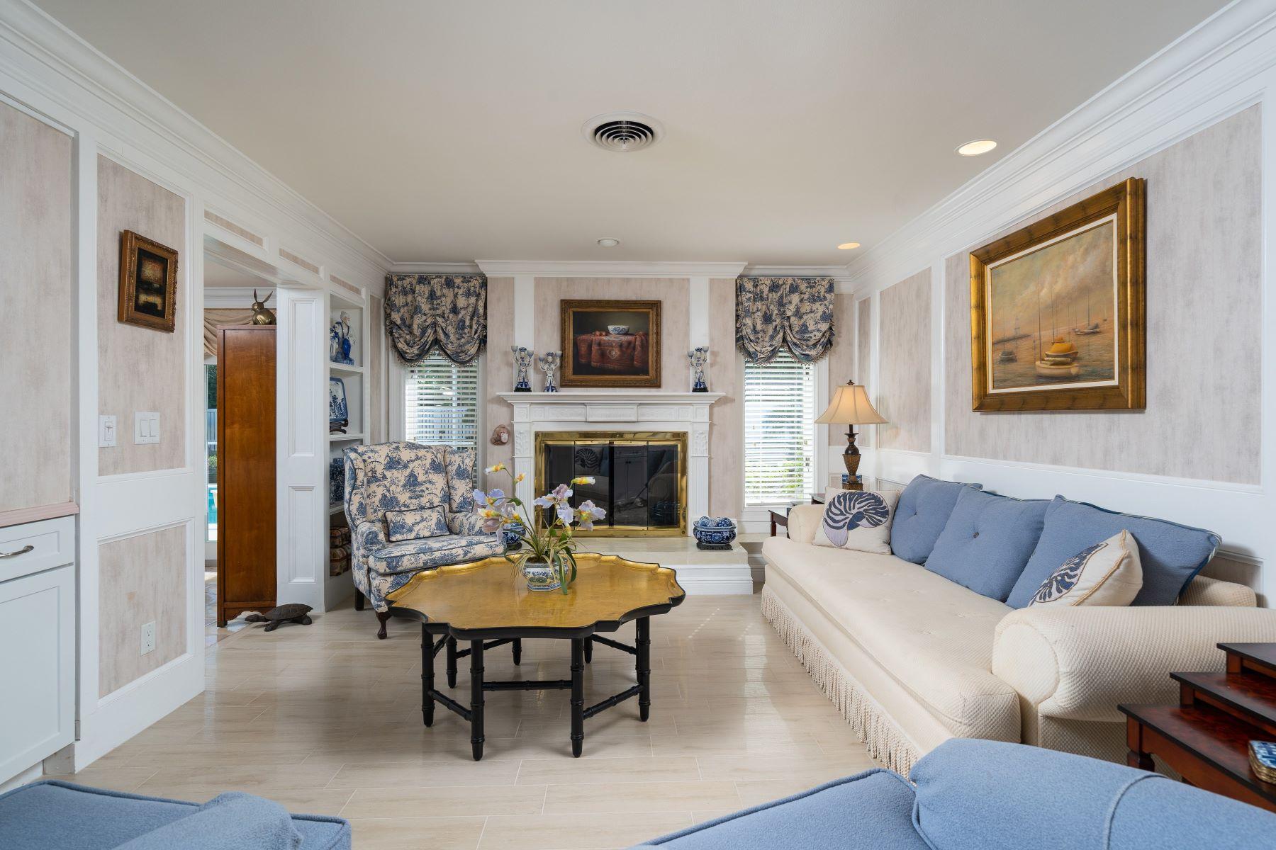 Single Family Homes для того Продажа на 935 Pebble Lane Vero Beach, Флорида 32963 Соединенные Штаты