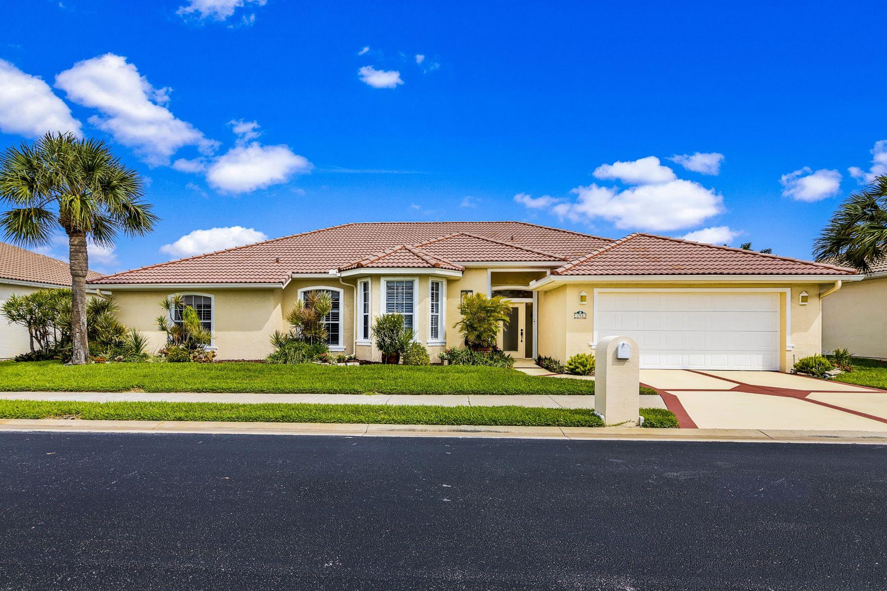 Single Family Homes για την Πώληση στο 152 Sanibel Way, Melbourne Beach, FL 152 Sanibel Way Melbourne Beach, Φλοριντα 32951 Ηνωμένες Πολιτείες