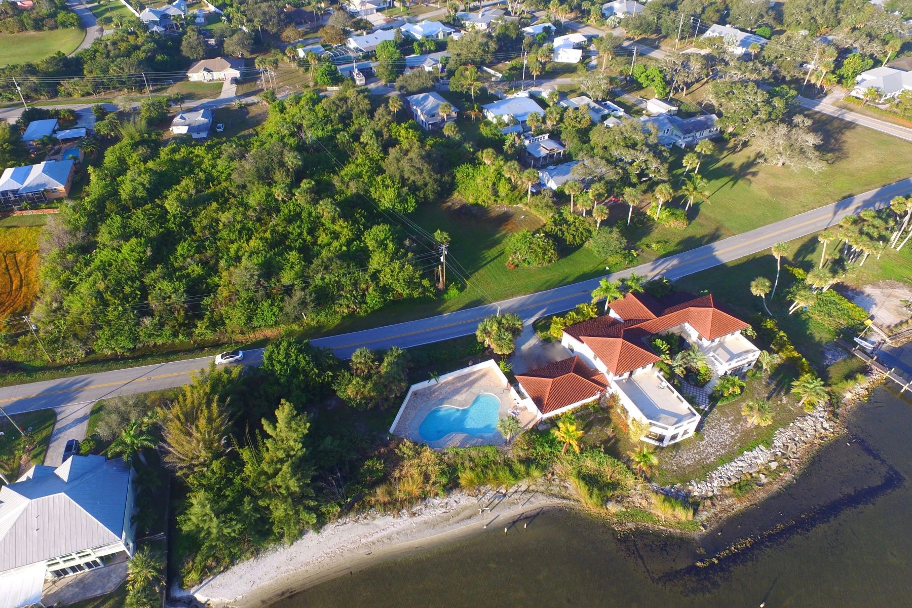Additional photo for property listing at 13690 N Indian River Drive Sebastian, Florida 32958 United States