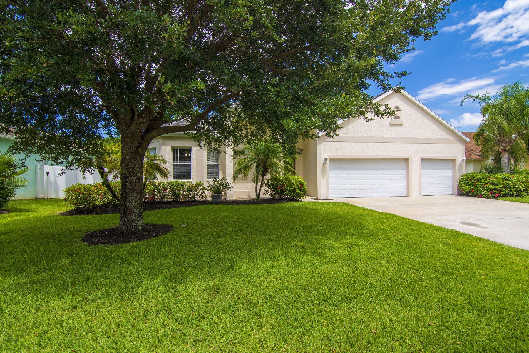 Single Family Homes 为 销售 在 390 21st Court Sw, Vero Beach, FL 390 21st Court Sw 维罗海滩, 佛罗里达州 32962 美国