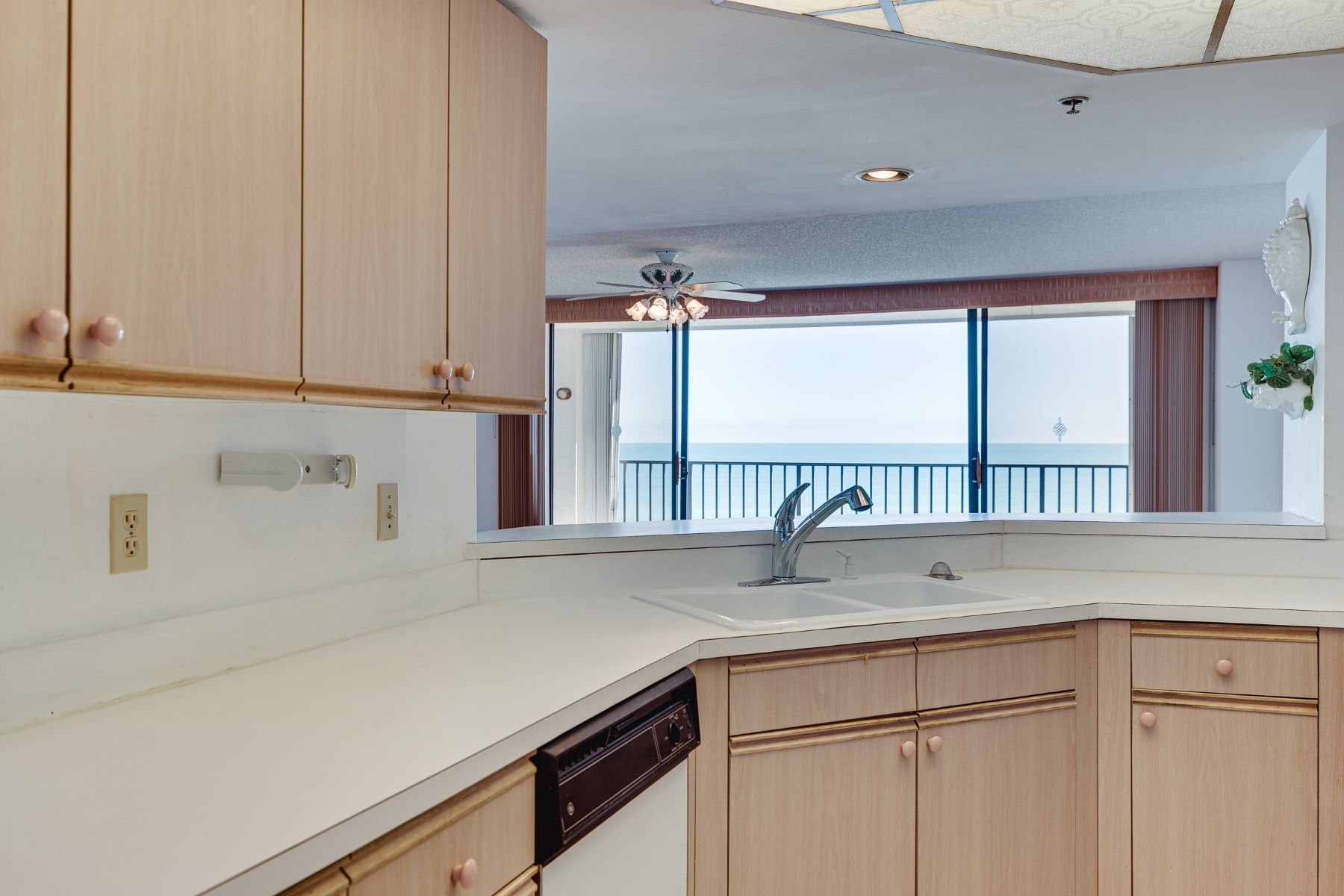 Additional photo for property listing at 3120 N Highway A1a 503S Hutchinson Island, Florida 34949 United States