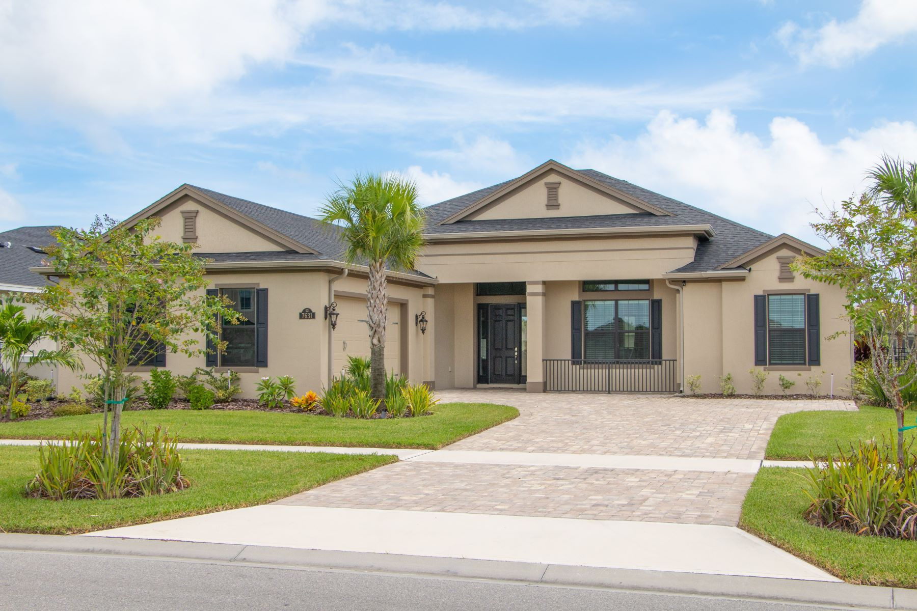Single Family Homes for Sale at 7631 Paragrass Avenue, Melbourne, FL 7631 Paragrass Avenue Melbourne, Florida 32940 United States