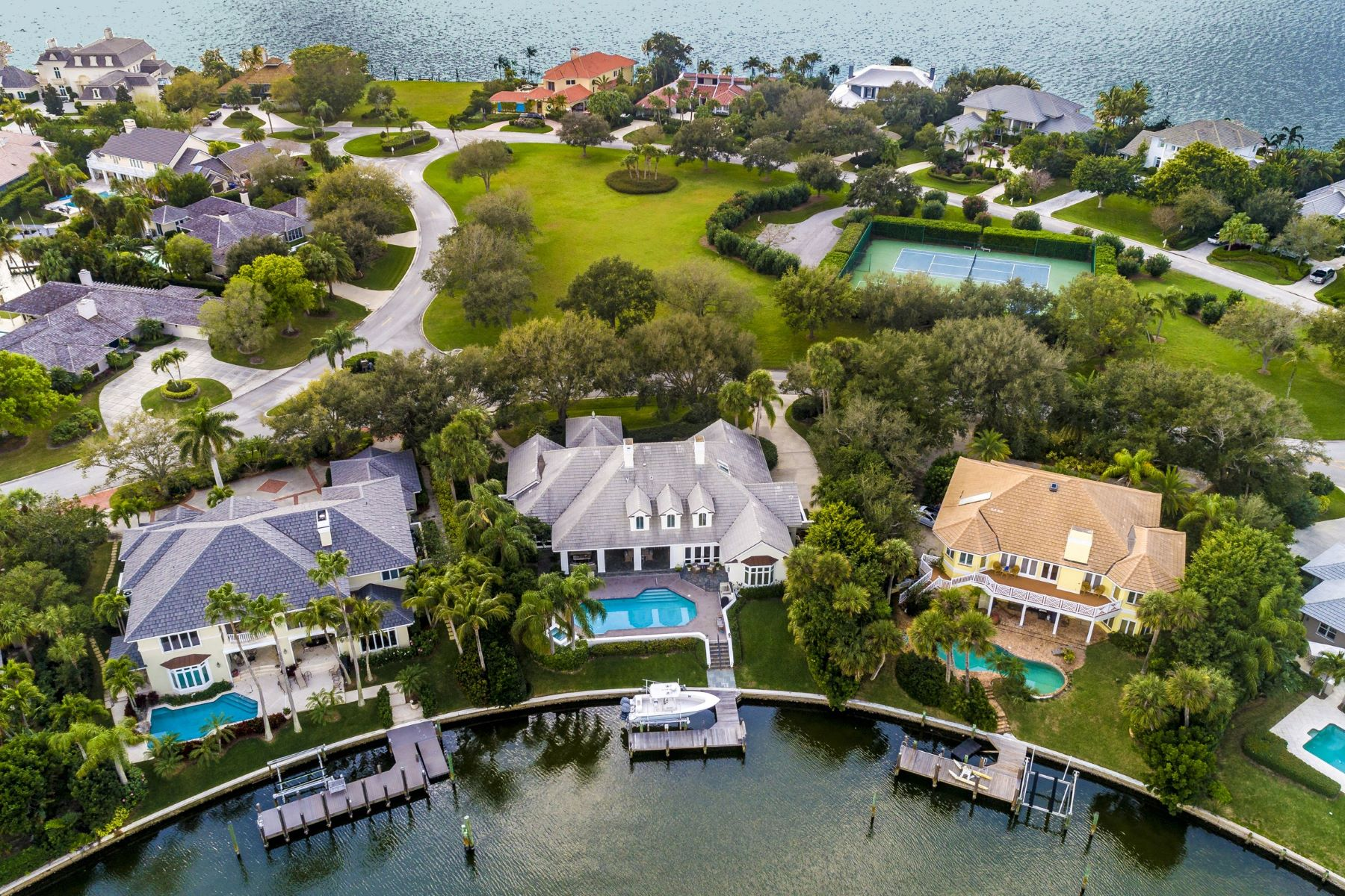 Property のために 売買 アット 170 Anchor Drive Vero Beach, ???? 32963 ????