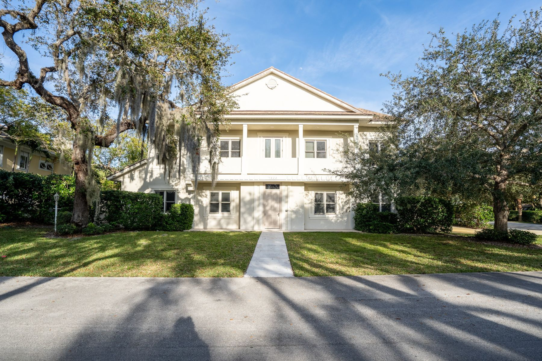 Single Family Homes 용 매매 에 1200 Indian Mound Trail Vero Beach, 플로리다 32963 미국