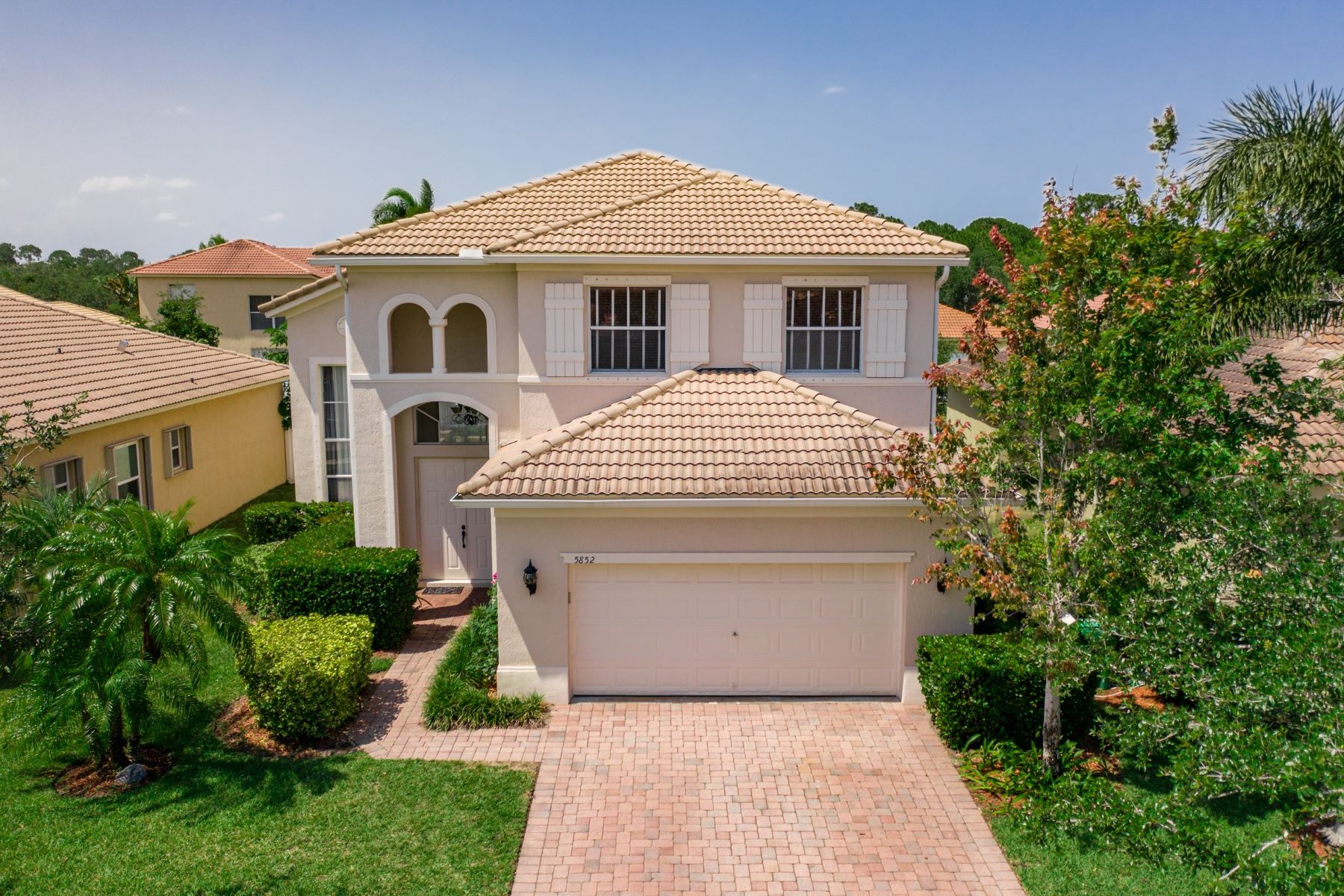 Single Family Homes for Sale at 5852 Sunberry Circle, Fort Pierce, FL 5852 Sunberry Circle Fort Pierce, Florida 34951 United States