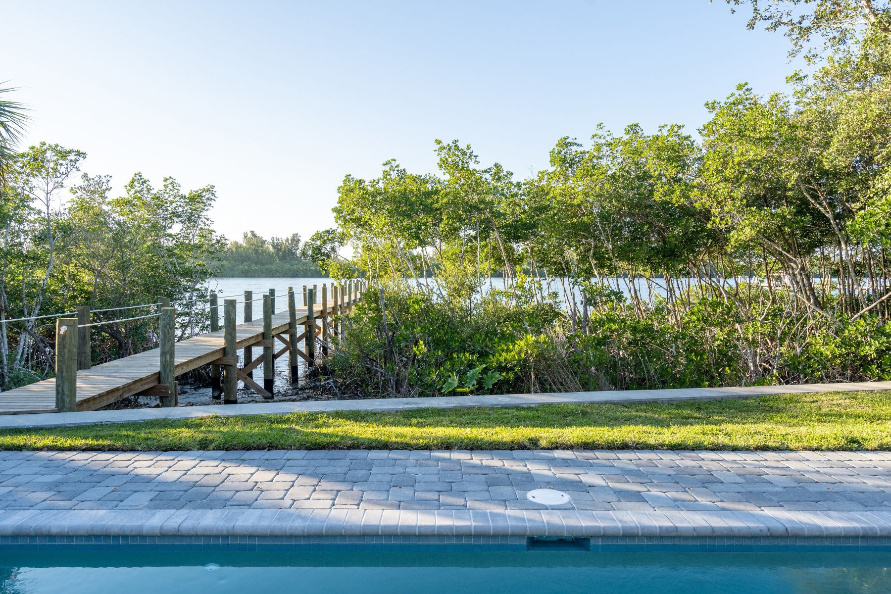 Additional photo for property listing at 1409 Old Winter Beach Road 印度畔, 佛罗里达州 32963 美国