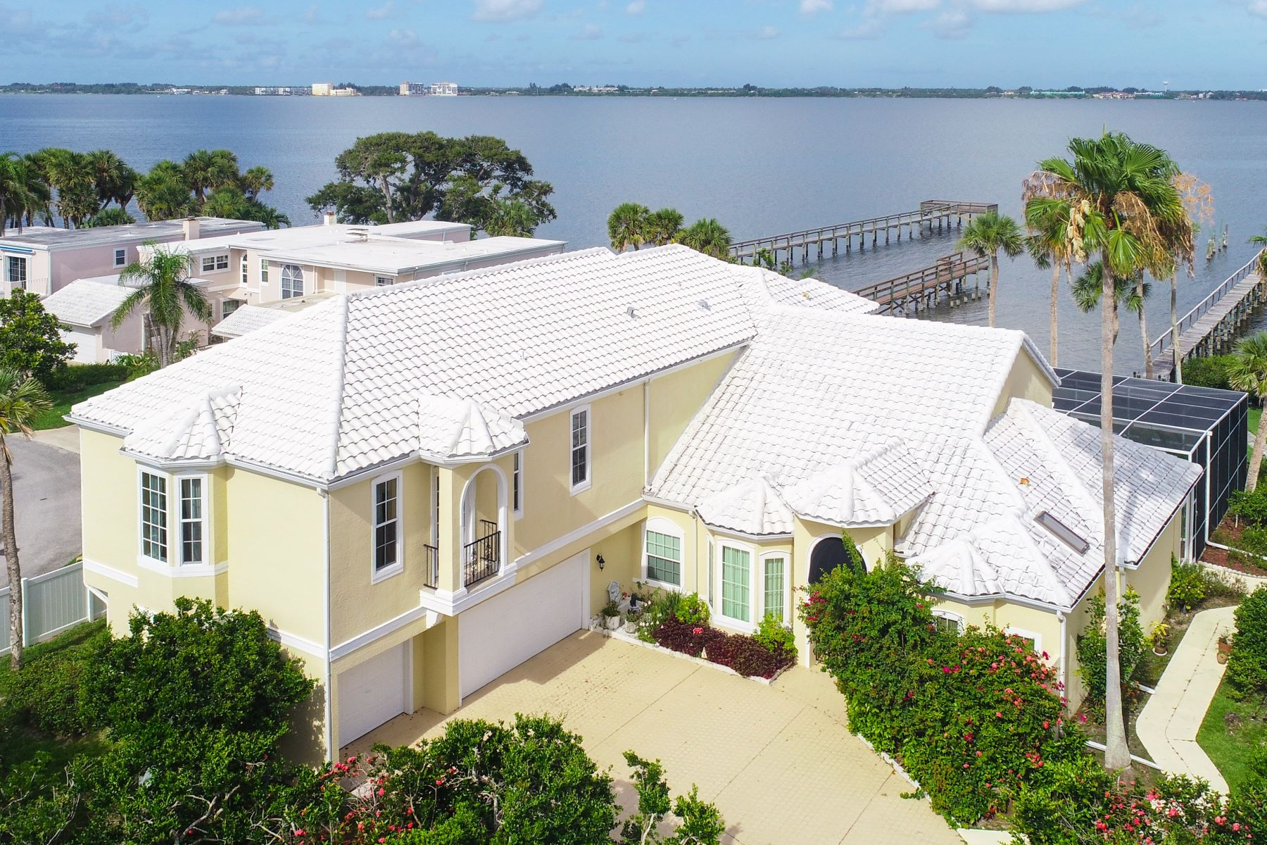 Single Family Homes for Sale at Spacious Direct Riverfront Home 247 Seaview Street Melbourne Beach, Florida 32951 United States