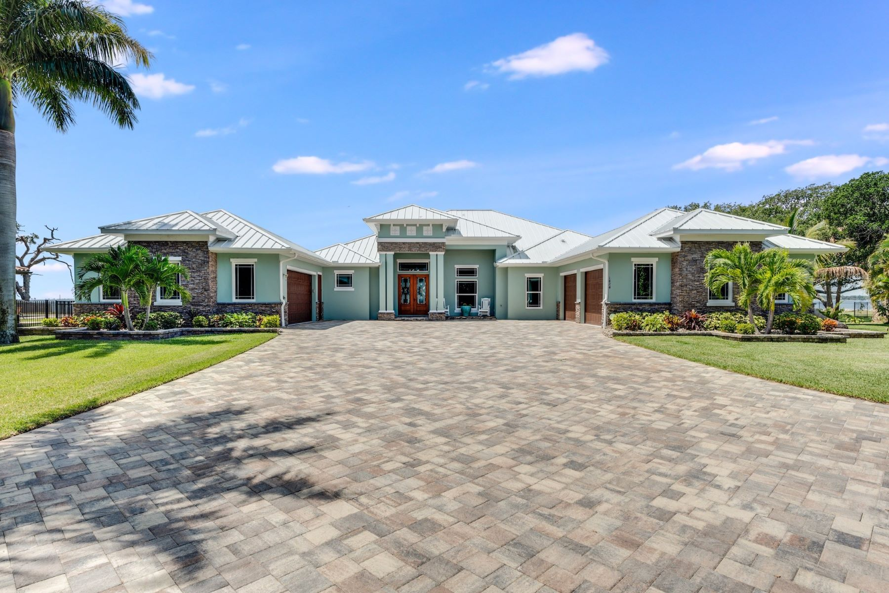 Property for Sale at 1424 S Riverside Drive, Indialantic, FL 1424 S Riverside Drive Indialantic, Florida 32903 United States