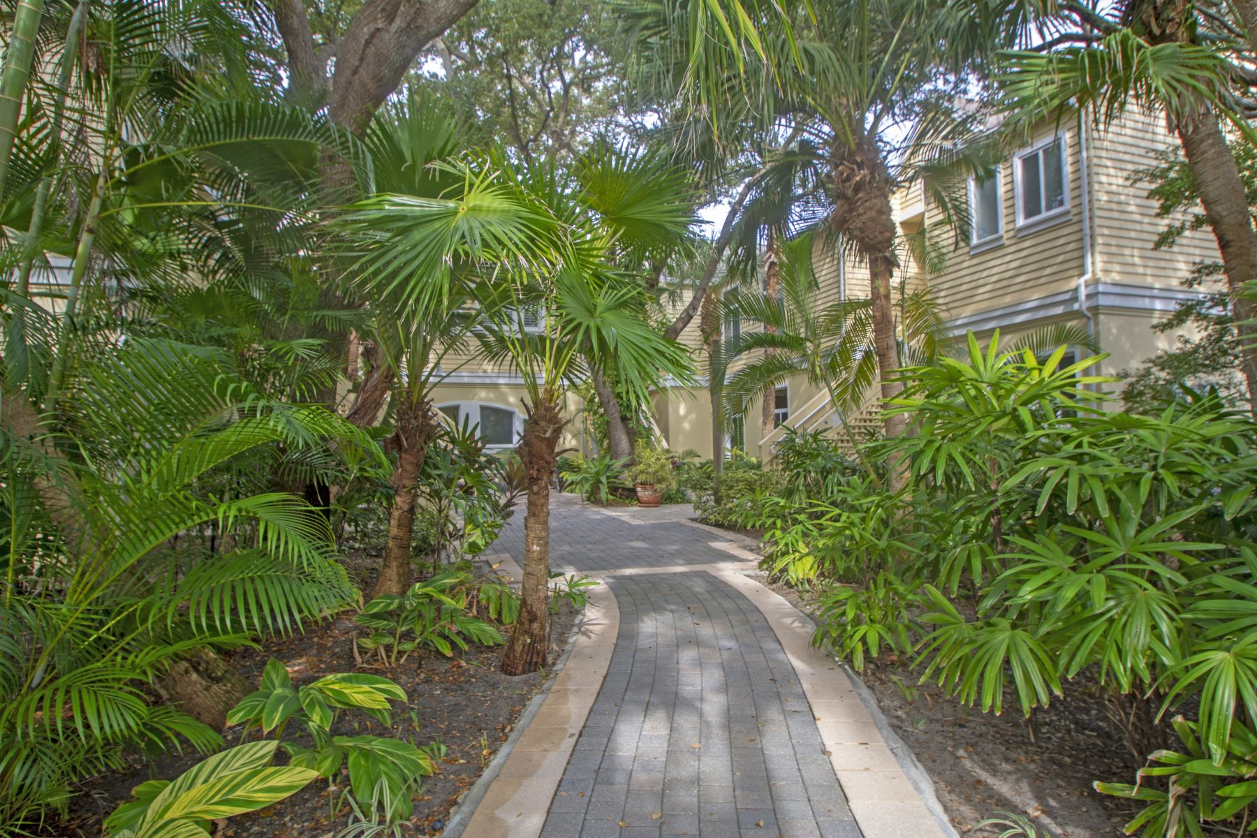 Property for Sale at 1235 Winding Oaks Circle, #502, Vero Beach, FL 1235 Winding Oaks Circle, 502 Vero Beach, Florida 32963 United States