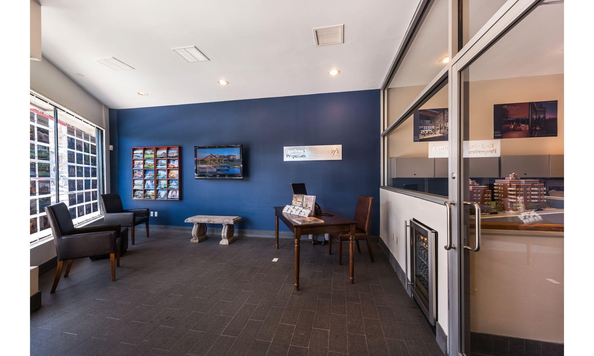 Office 180-b-860-4000605 Photo