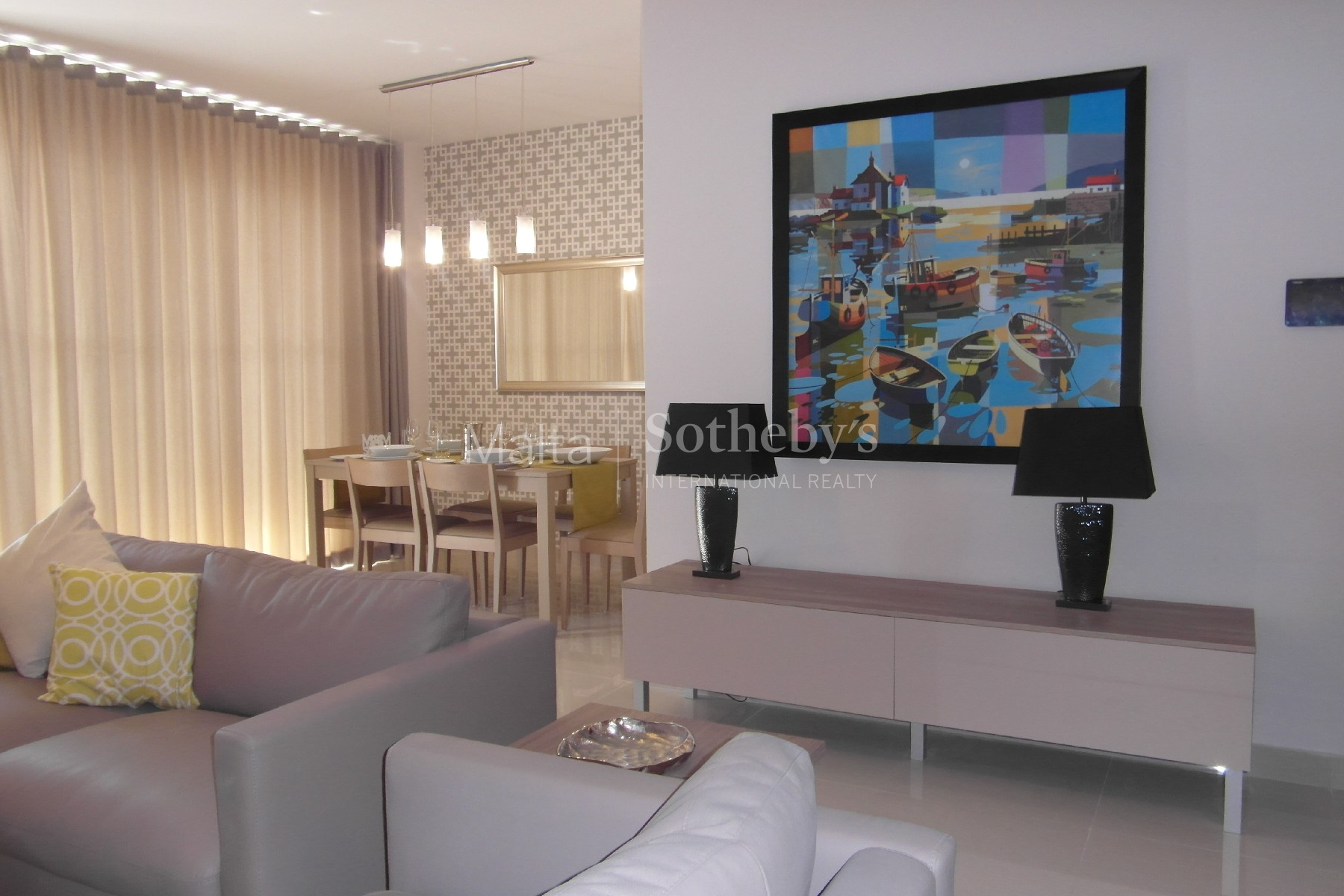 Property Of Southfacing Seafront Apartment