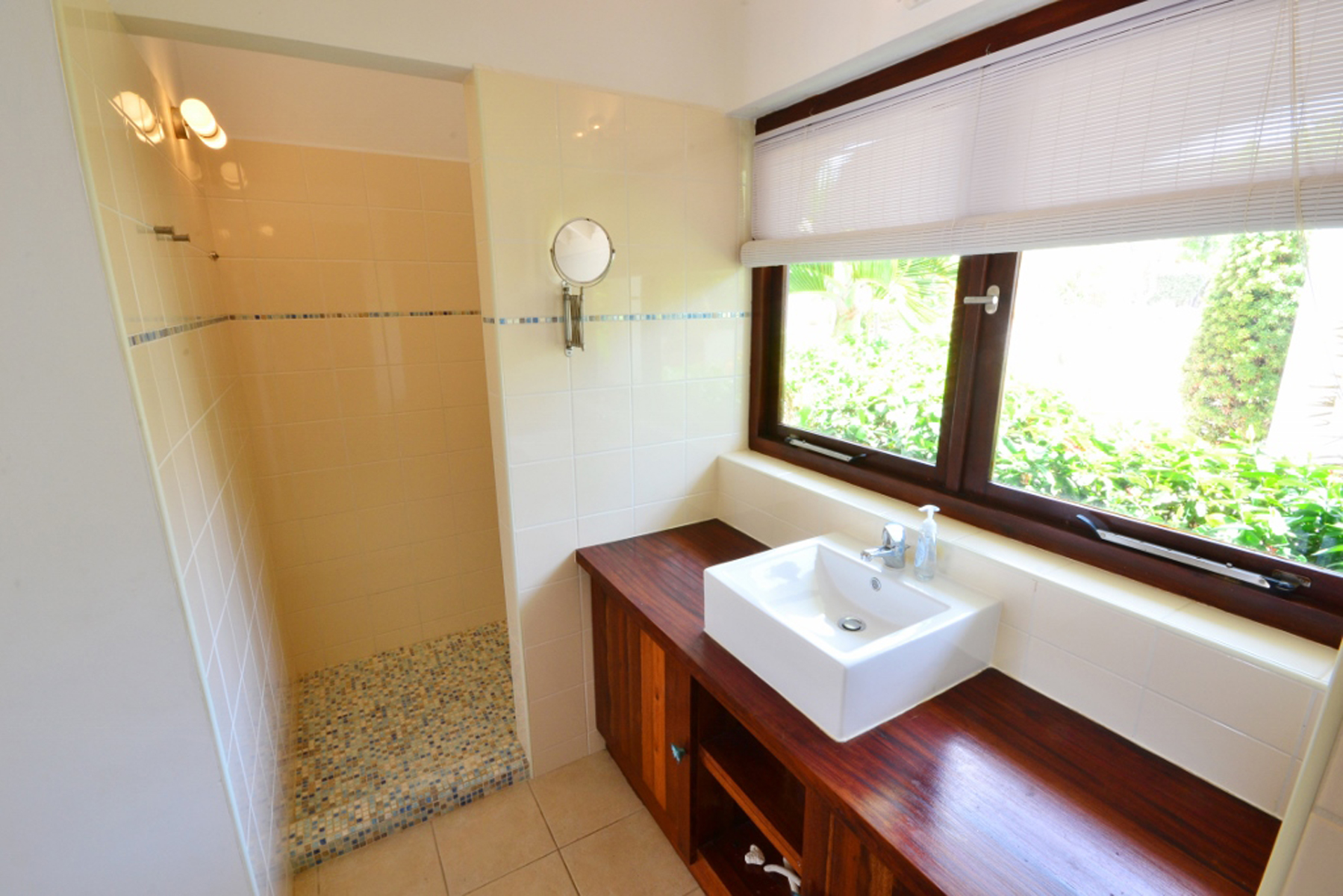 Additional photo for property listing at Coral Estate Oceanfront Villa Other Cities In Curacao, Cities In Curacao Curacao