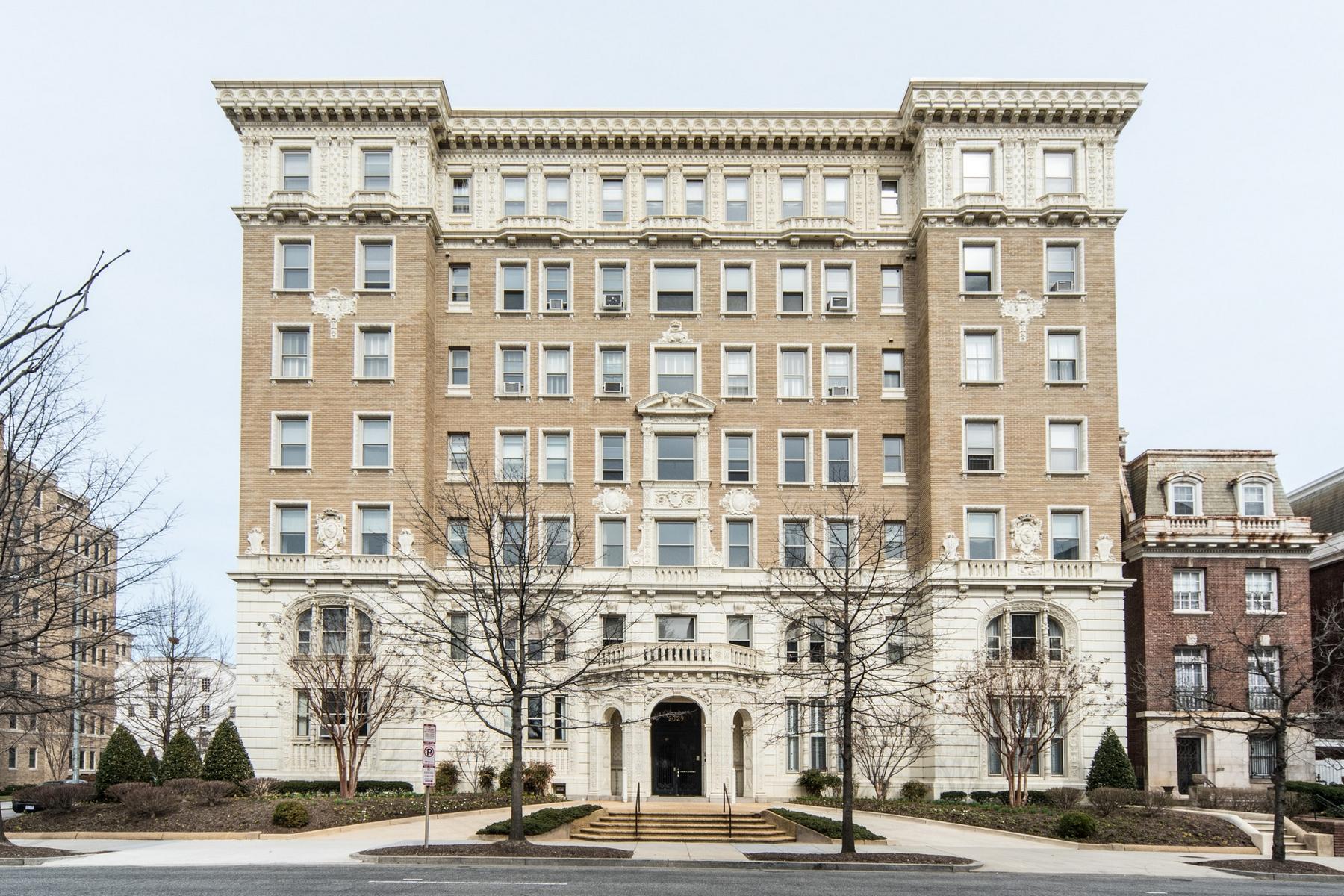 コンドミニアム のために 売買 アット Kalorama 2029 Connecticut Ave NW #52 Washington, コロンビア特別区 20008 アメリカ合衆国