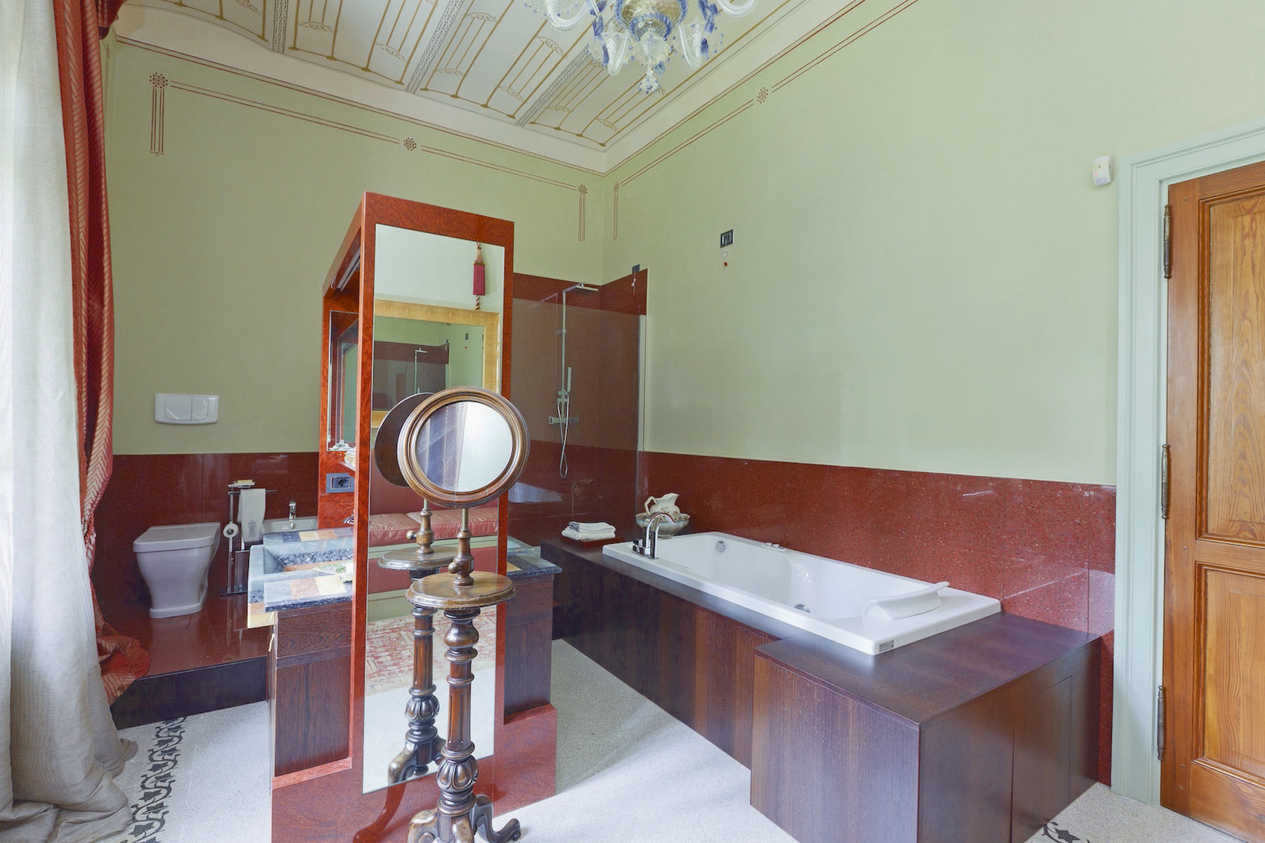 Additional photo for property listing at Villa Cardinali Contrada Schito Treia, Macerata 62010 Italy