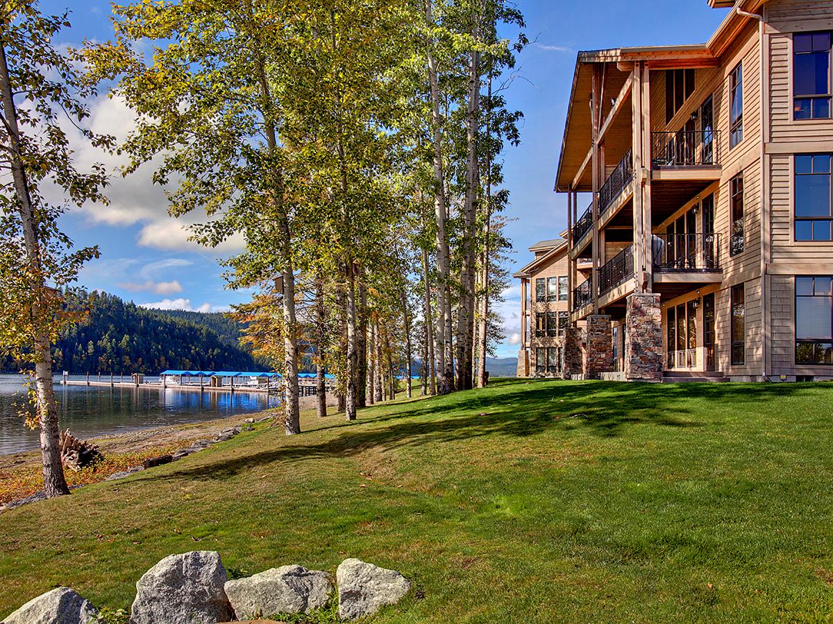 Eigentumswohnung für Verkauf beim One of a kind waterfront condo 653 Dover Bay Parkway Unit #803 Dover, Idaho 83825 Vereinigte Staaten