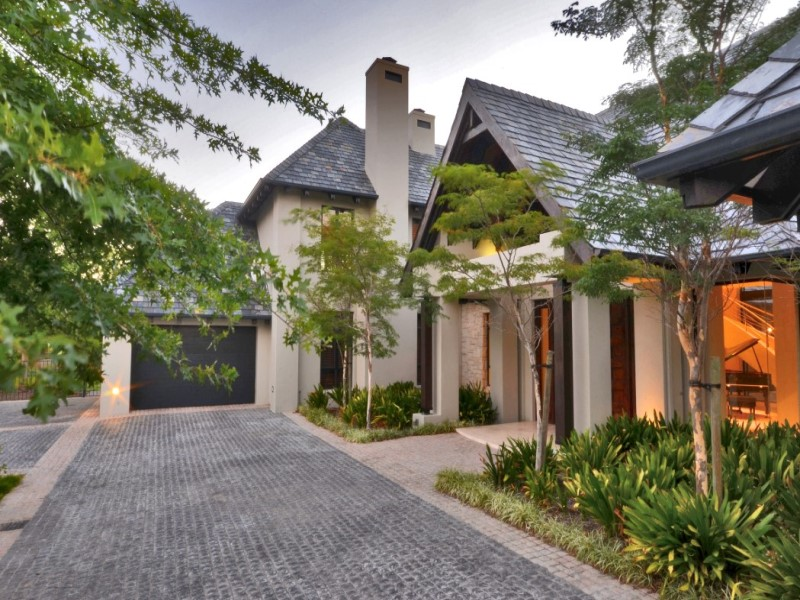 Property For Sale at Luxurious Pearl Valley Golf Estate Living
