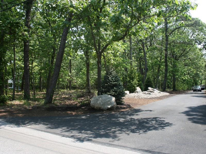 Terrain pour l Vente à One Acre Remsenburg Remsenburg, New York 11960 États-Unis
