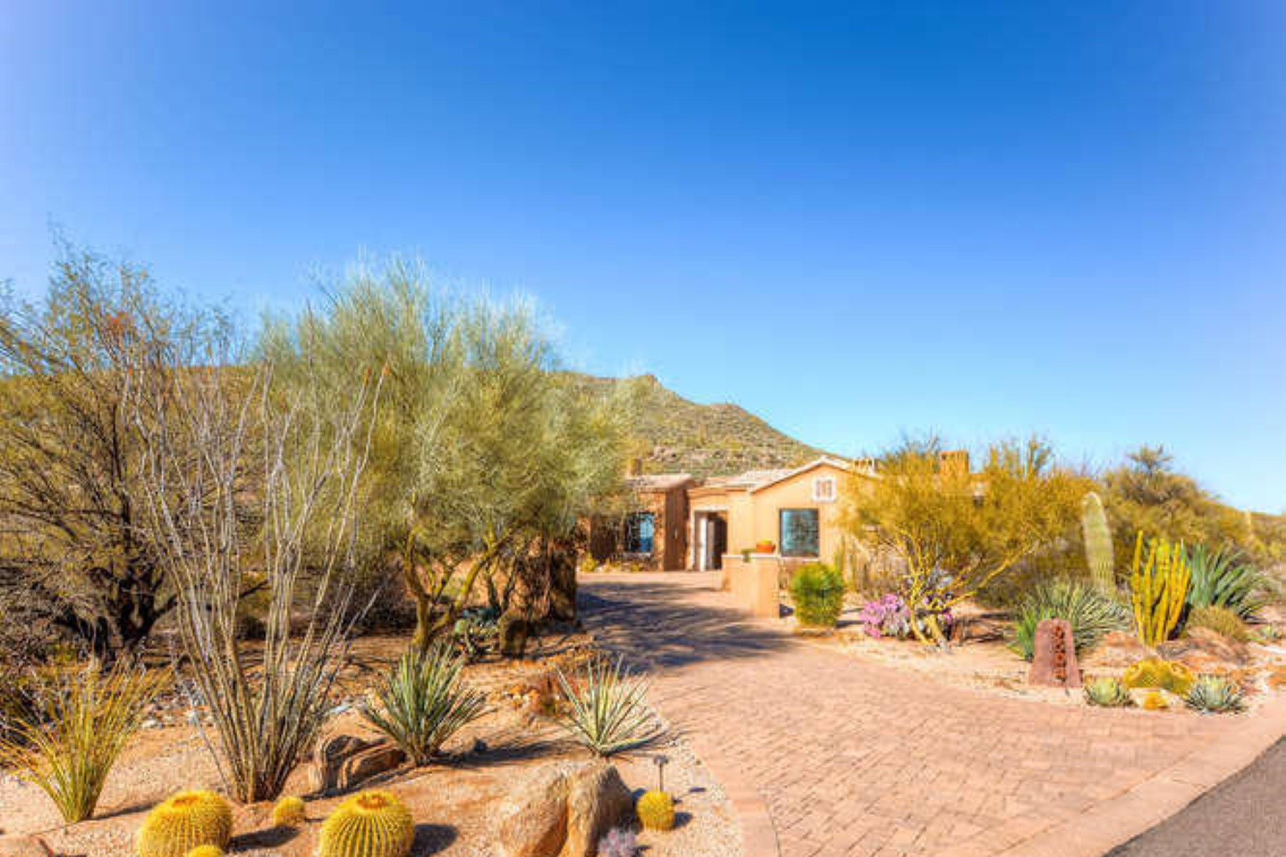 Single Family Home for Sale at Romantic Mediterranean style home 9504 E Covey Trail Scottsdale, Arizona, 85262 United States