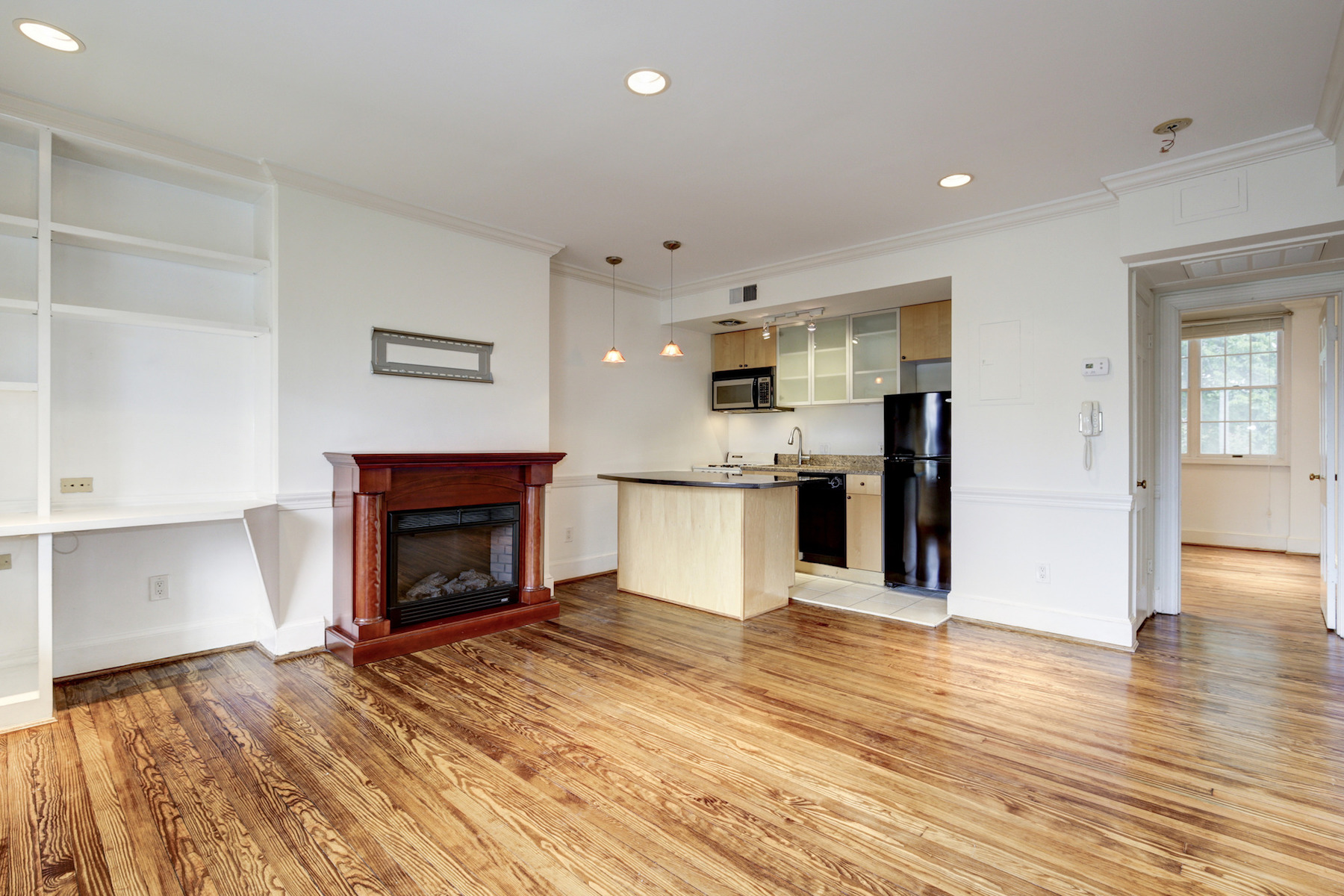 Additional photo for property listing at 3239 N Street Nw 11, Washington  Washington, Περιφερεια Τησ Κολουμπια 20007 Ηνωμενεσ Πολιτειεσ
