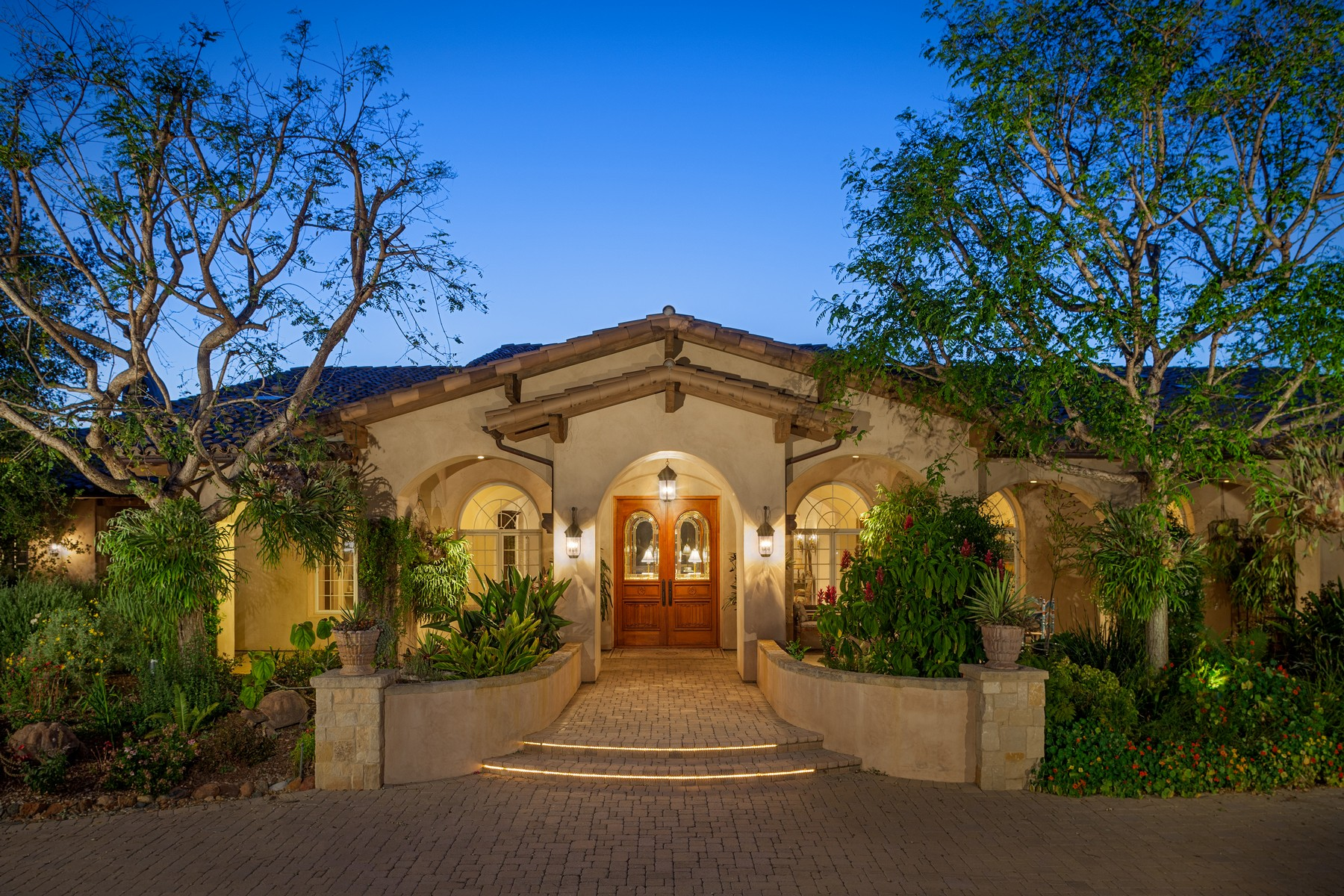 Single Family Home for Sale at 7099 El Camino Del Norte Rancho Santa Fe, California, 92067 United States