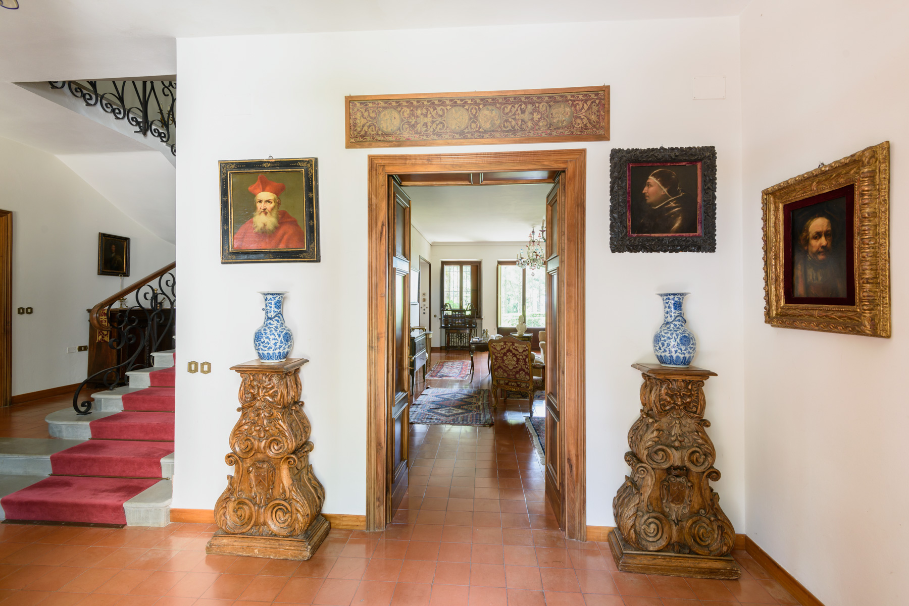 Additional photo for property listing at Splendid villa in the Tuscan-Umbrian hills Citta Della Pieve, Perugia Italy