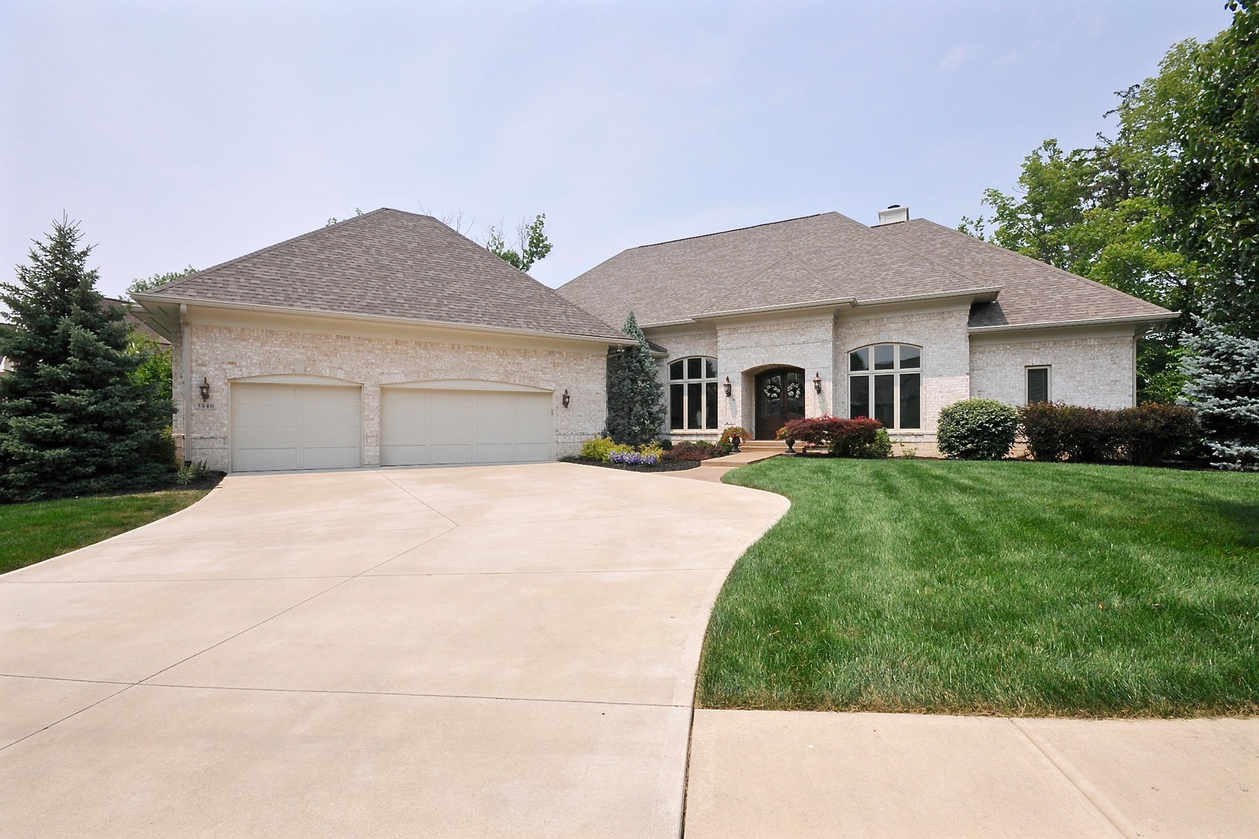 Single Family Home for Sale at Pristine Bridgewater Home 3840 Falls Circle Carmel, Indiana 46033 United States
