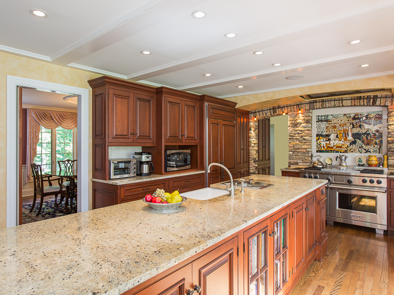 Additional photo for property listing at Fabulous Kitchen Renovation Featured on HGTV 4497 Province Line Road Princeton, New Jersey 08540 United States