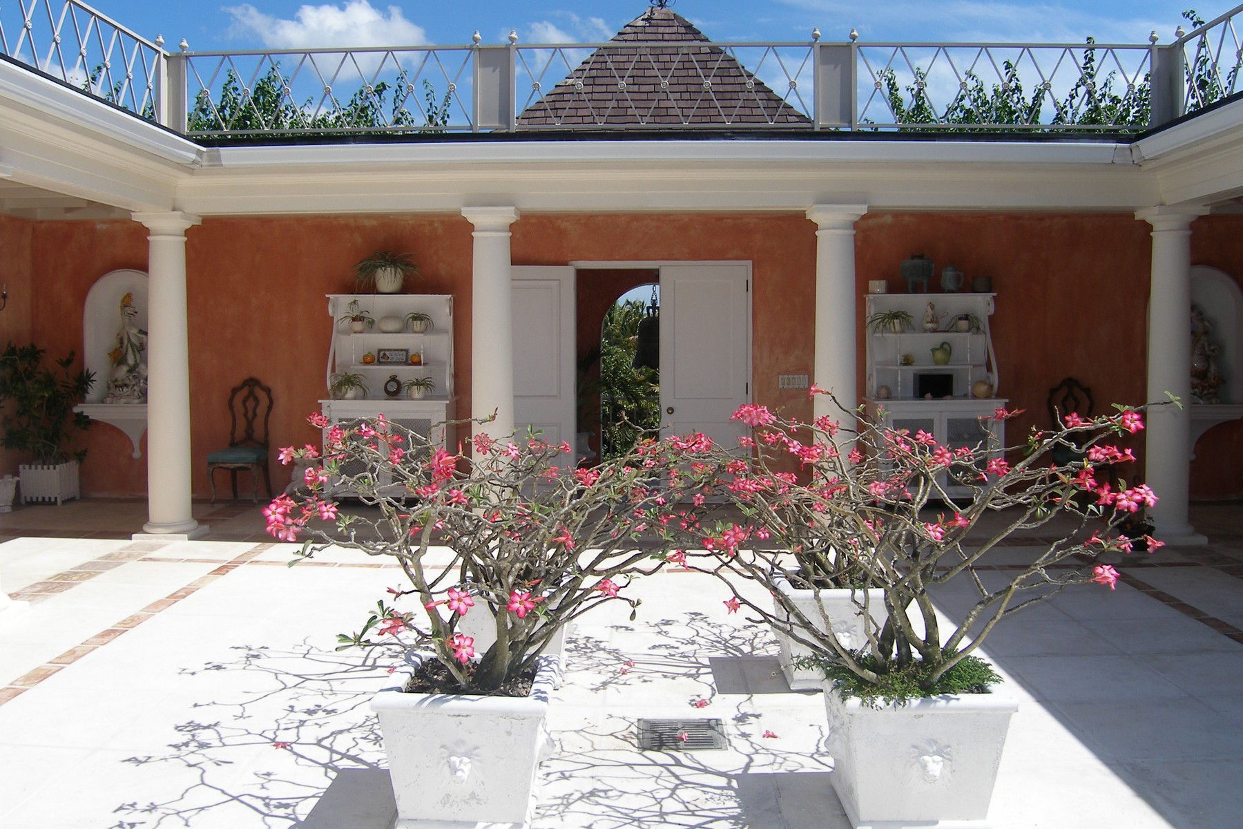 Additional photo for property listing at Parco Flora Lyford Cay, Nueva Providencia / Nassau Bahamas