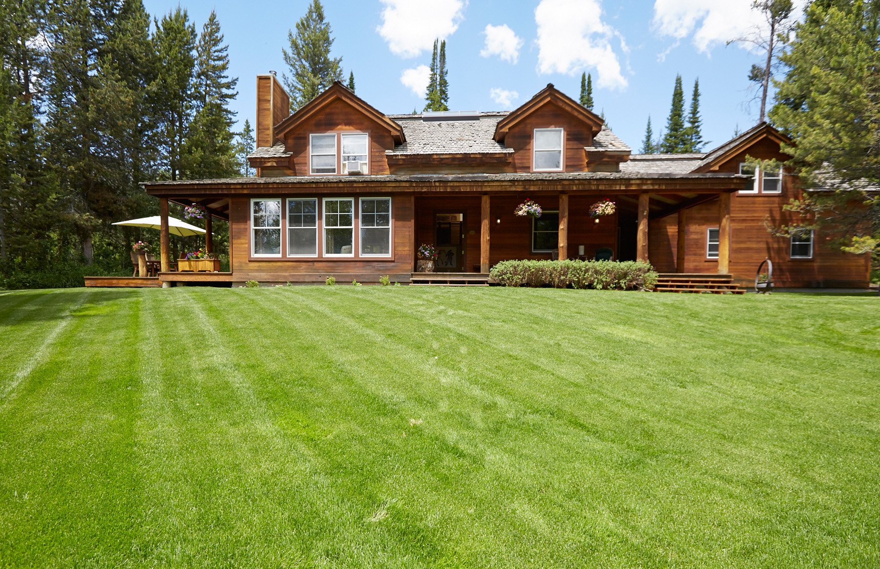 Single Family Home for Sale at Mountain Retreat Above Wilson 1425 N Old Trail Drive Wilson, Wyoming, 83014 Jackson Hole, United States