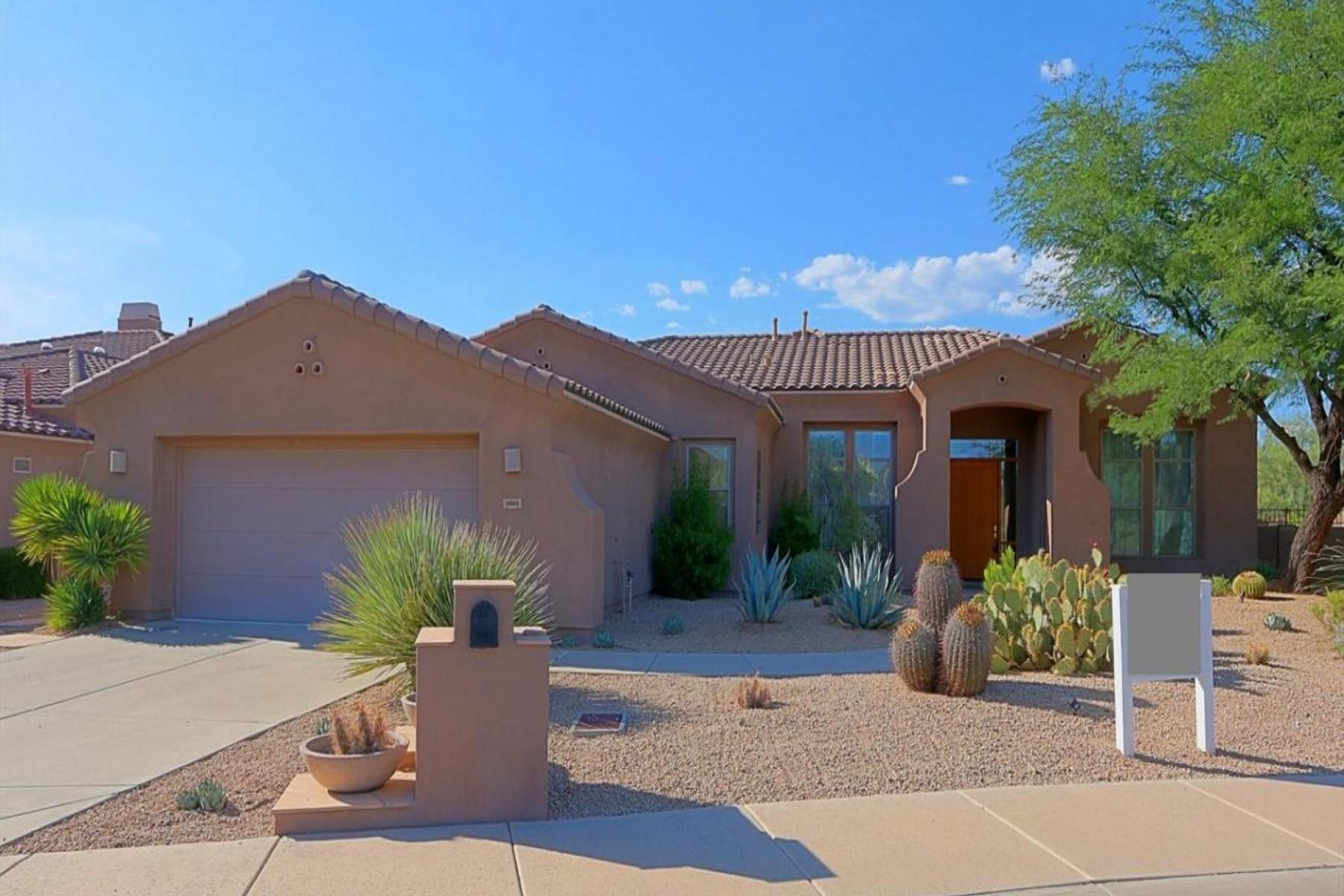 Maison unifamiliale pour l Vente à Resort Style Community 7882 E Evening Glow Dr Scottsdale, Arizona 85266 États-Unis