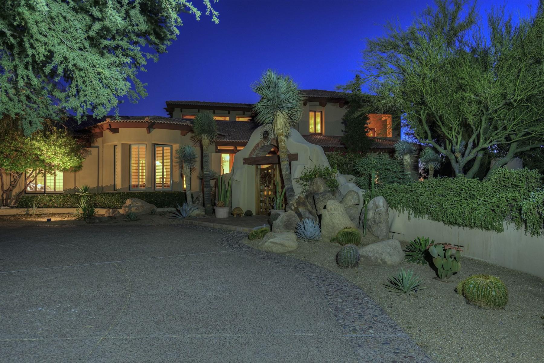 Einfamilienhaus für Verkauf beim Resort-style custom home in the heart of Pinnacle Peak 9901 E Foothills Dr Scottsdale, Arizona 85255 Vereinigte Staaten