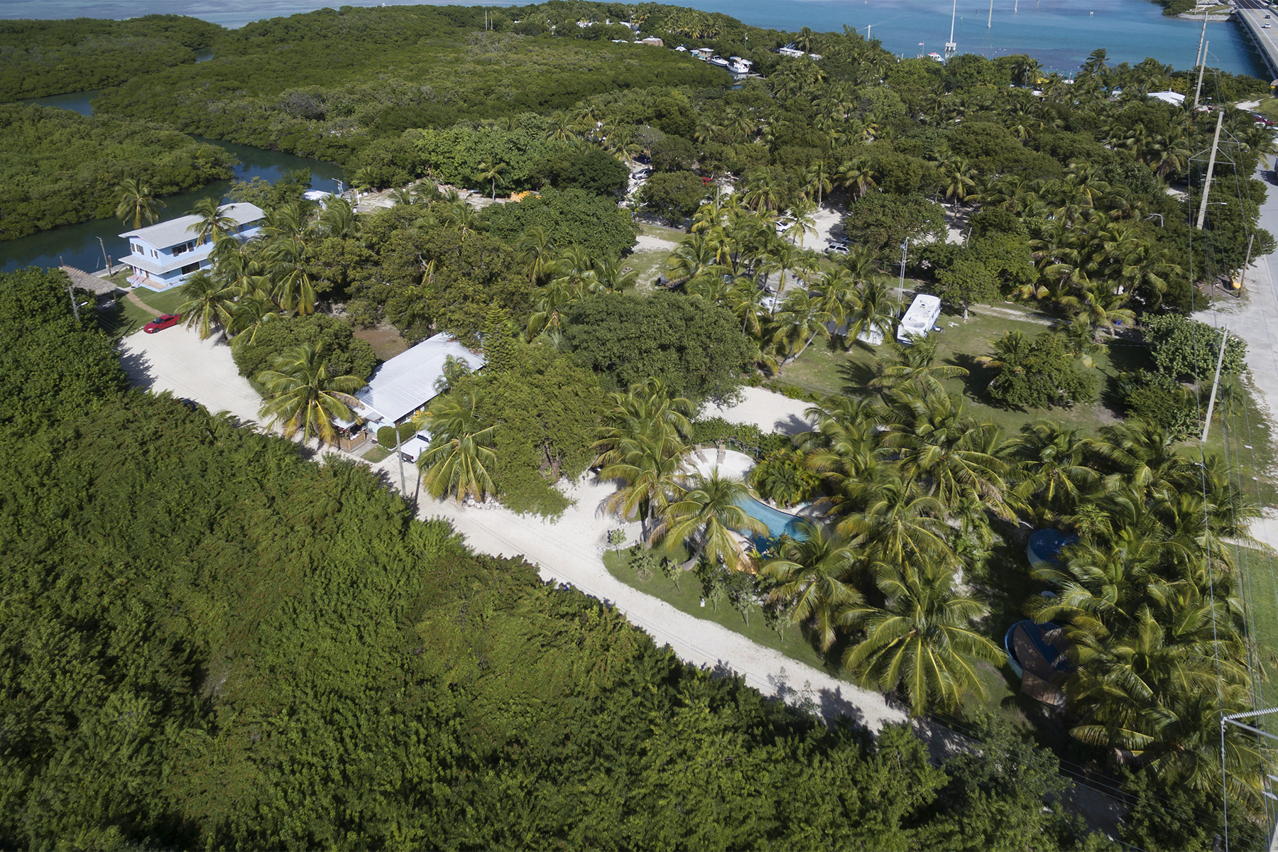 Additional photo for property listing at Exclusive Waterfront Location 77360 Overseas Highway Islamorada, Флорида 33036 Соединенные Штаты