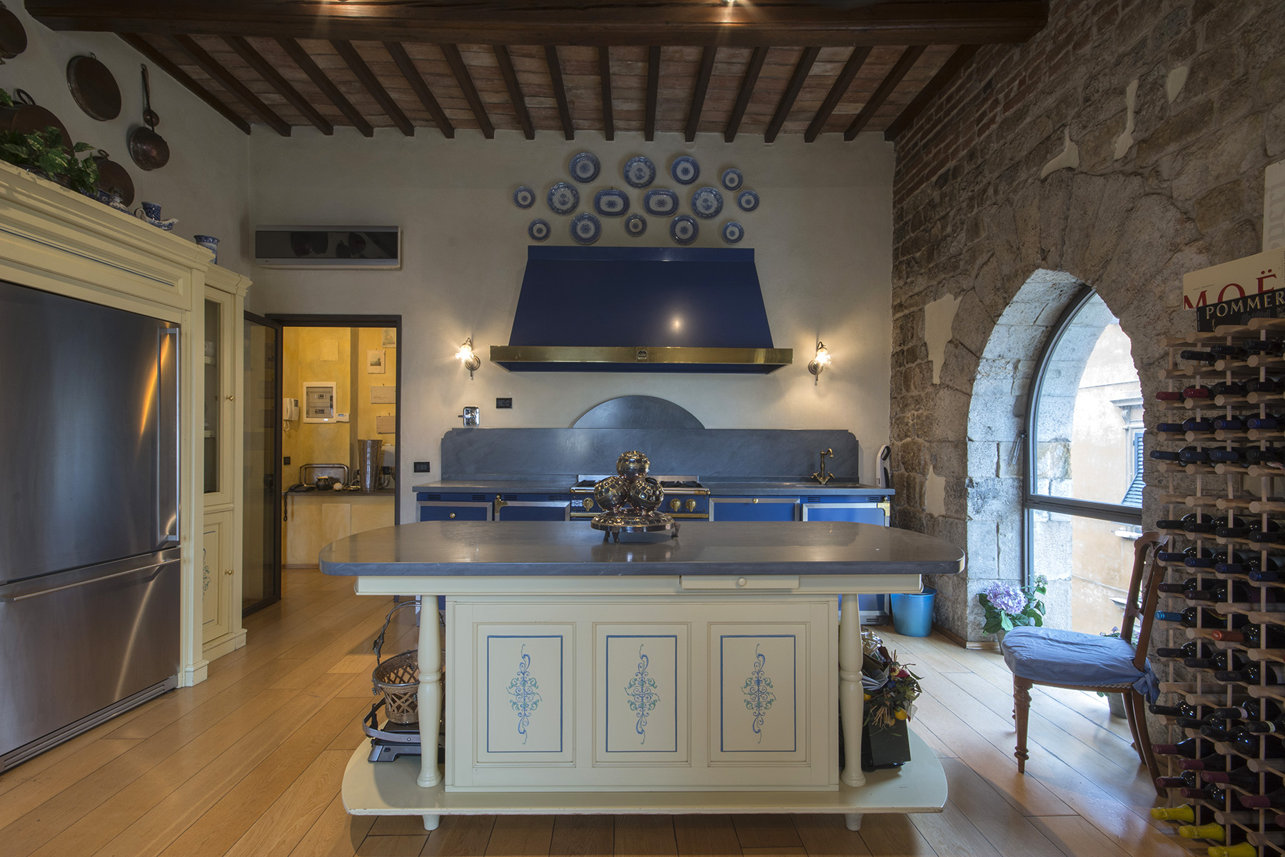 Additional photo for property listing at Marvelous apartment on the Lungarno of Pisa Pisa, Pisa Italien