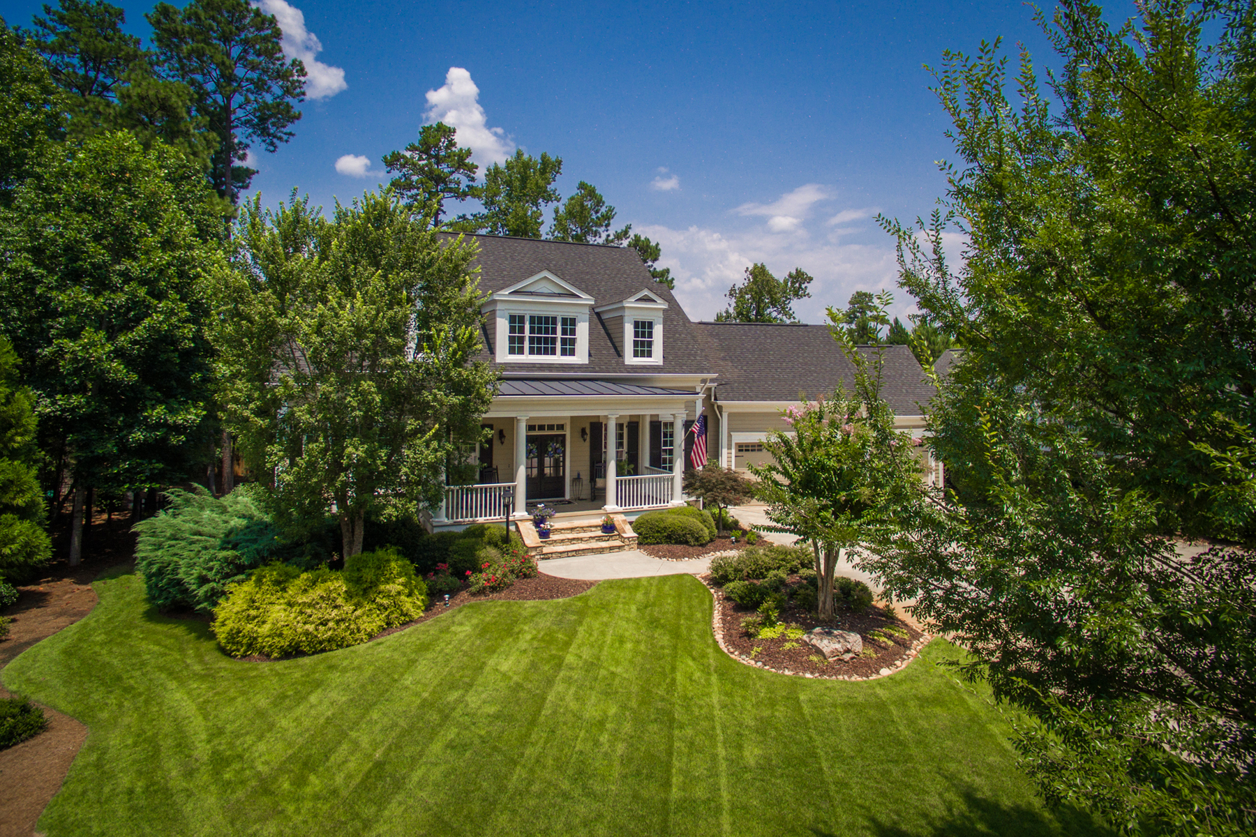 Nhà ở một gia đình vì Bán tại Immaculate Highgrove Home With Outstanding Finishes And Details 235 Highgrove Drive Fayetteville, Georgia 30215 Hoa Kỳ