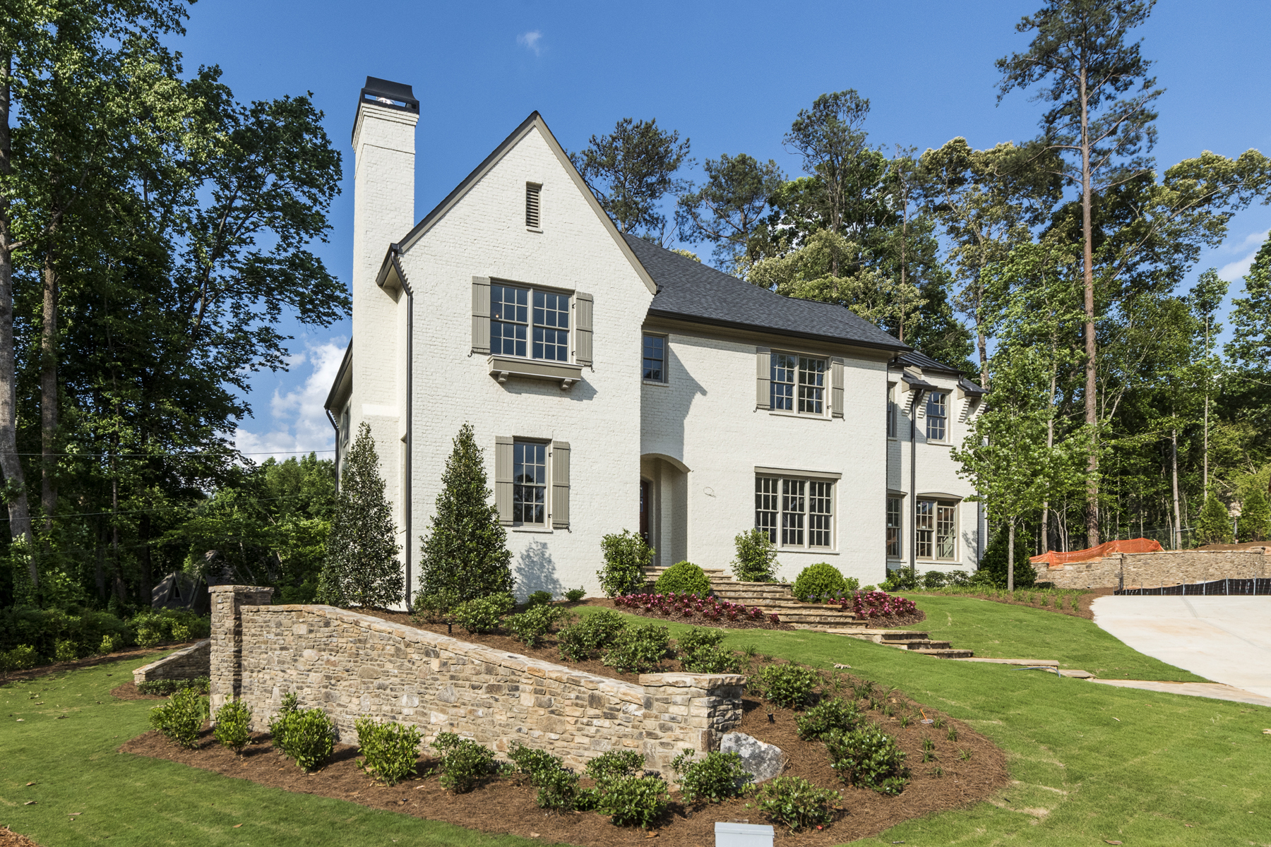 Частный односемейный дом для того Продажа на Amazing New Construction With Walkout Backyard And Attention To Detail 512 Ivy Preserve Court Atlanta, Джорджия 30342 Соединенные Штаты
