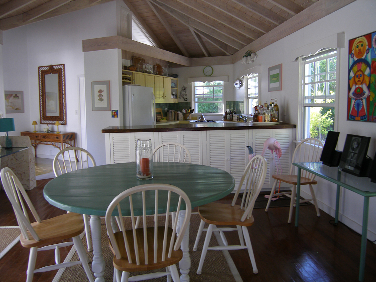 Additional photo for property listing at The Pink House Elbow Cay Hope Town, Abaco Bahamas