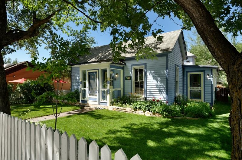 Maison unifamiliale pour l Vente à Classic Aspen West End Victorian 706 W Main Street Aspen, Colorado 81611 États-Unis