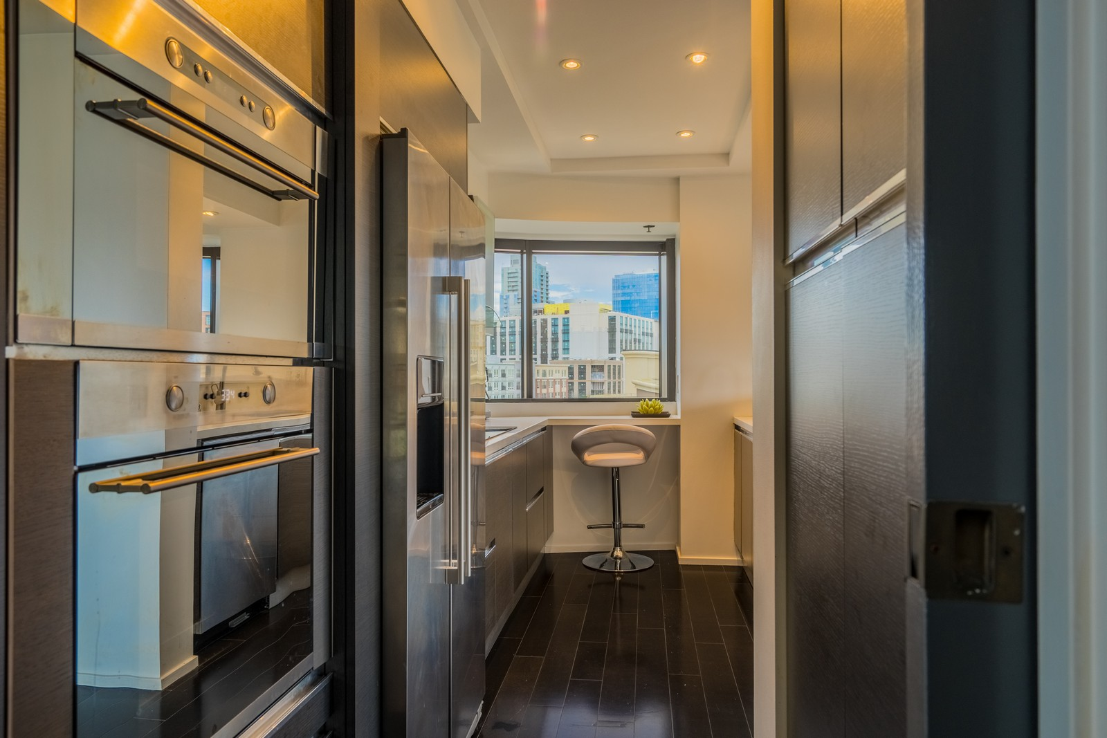 Additional photo for property listing at 200 Harbor Drive, 701  San Diego, Californie 92101 États-Unis