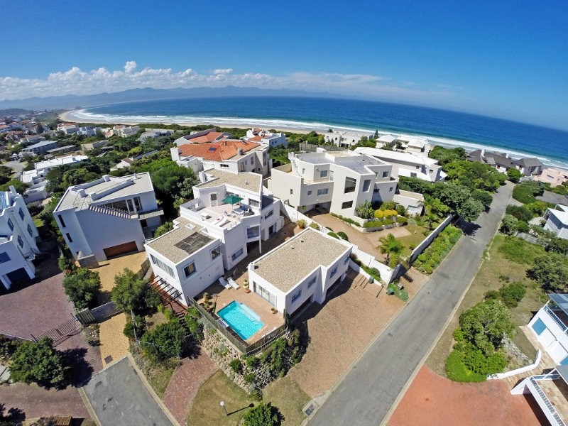 Maison unifamiliale pour l Vente à Solar Beach Plettenberg Bay, Cap-Occidental 6600 Afrique Du Sud