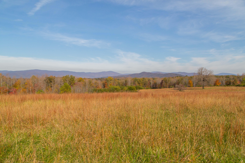 Terreno para Venda às Clark Mountain 0 Tlman RD Charlottesville, Virginia 22901 Estados Unidos