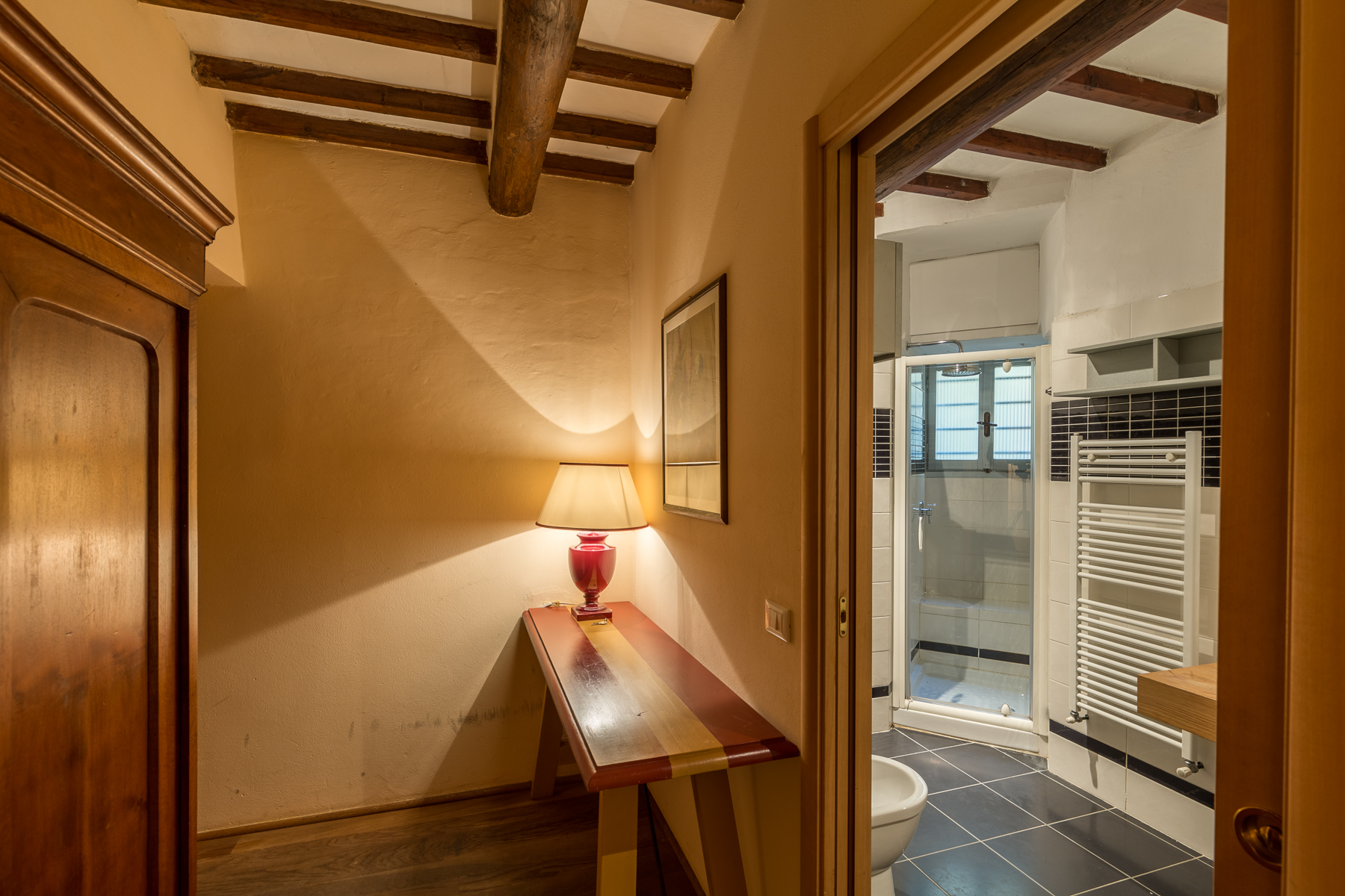 Additional photo for property listing at Splendid apartment with garden Via San Giovanni Firenze, Florence 50100 Italia