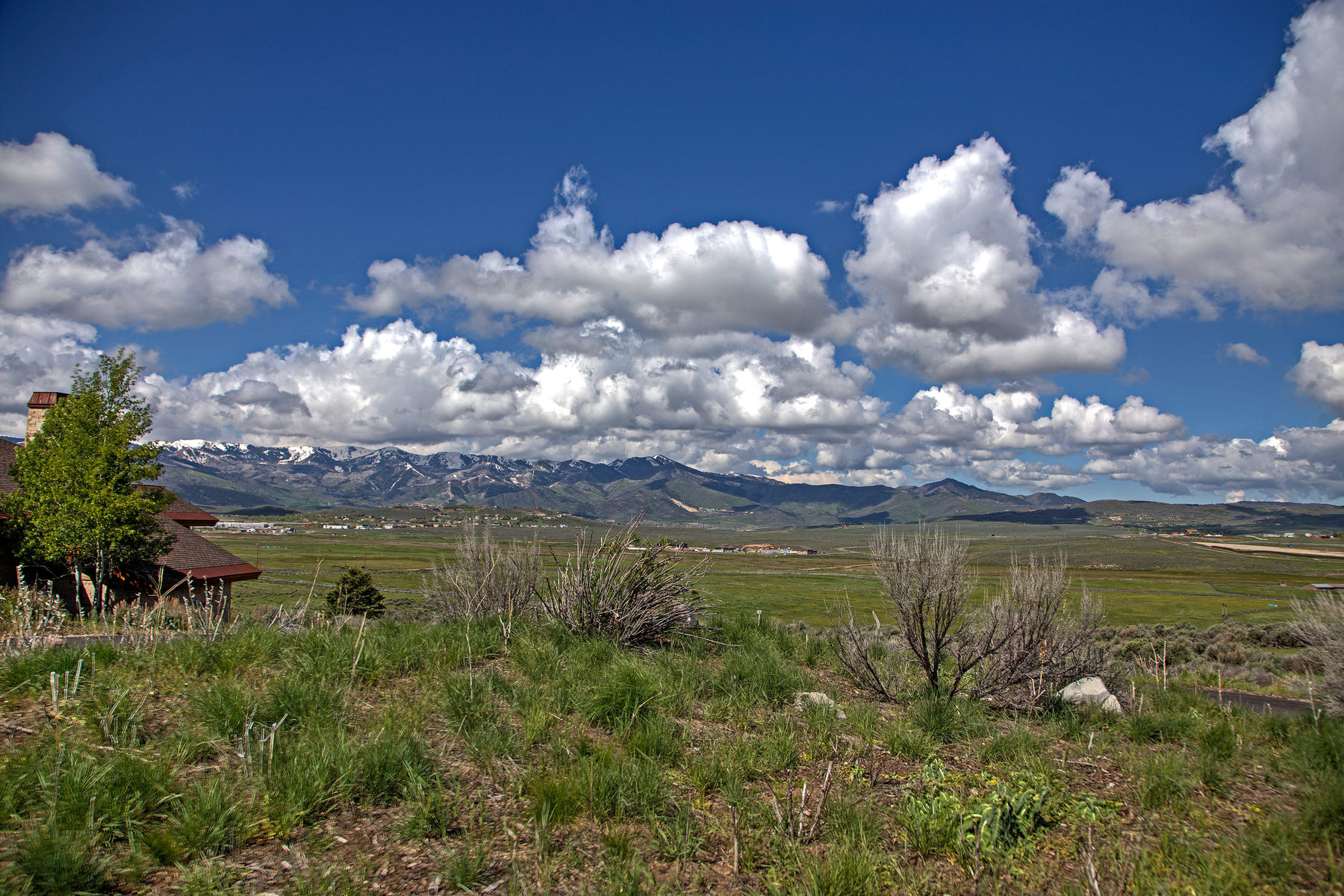 Terreno por un Venta en Fabulous View Lot With 115,000 Golf Membership Deposit Included 7341 N Westview Draw Lot 24 Park City, Utah, 84098 Estados Unidos