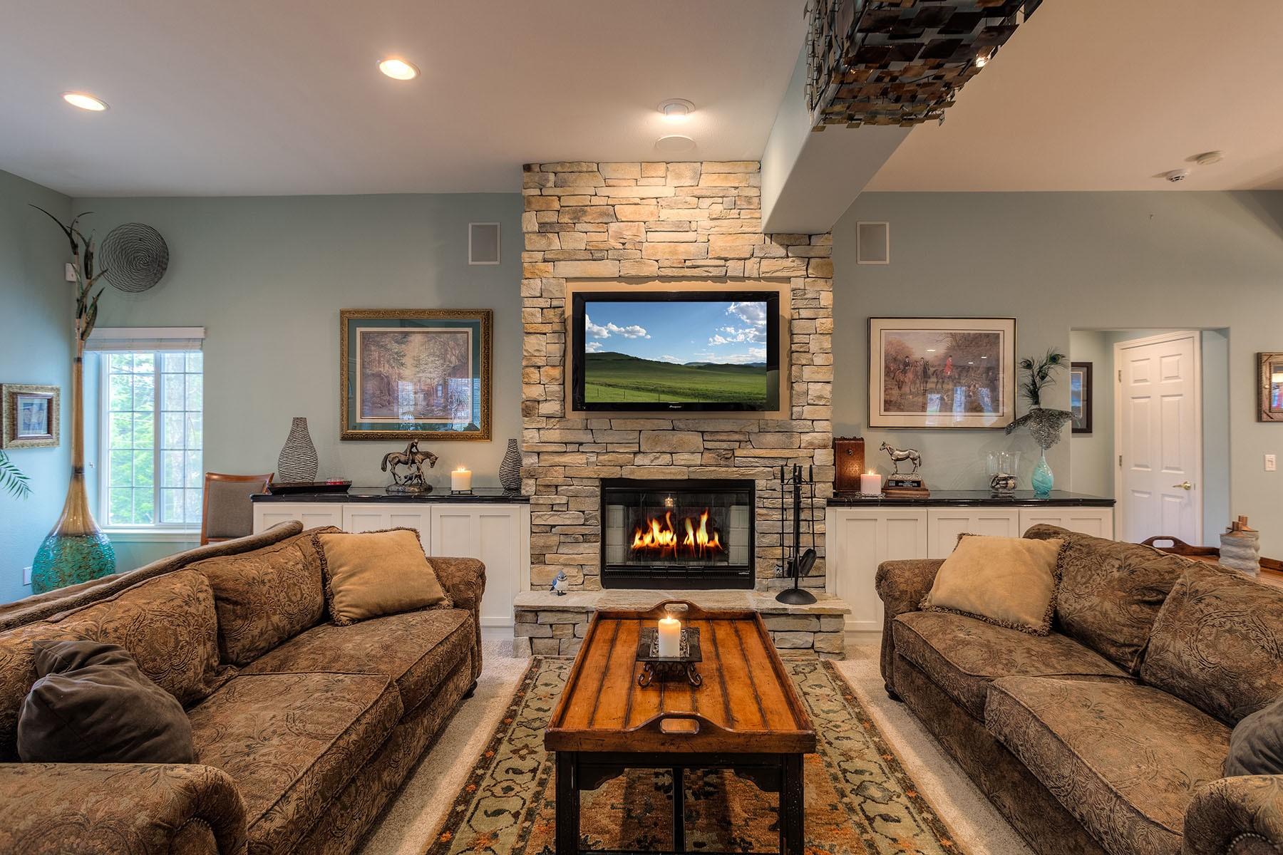 一戸建て のために 売買 アット 2-Story Secondary Waterfront 246 S Lower Crystal Bay Rd Post Falls, アイダホ, 83854 アメリカ合衆国