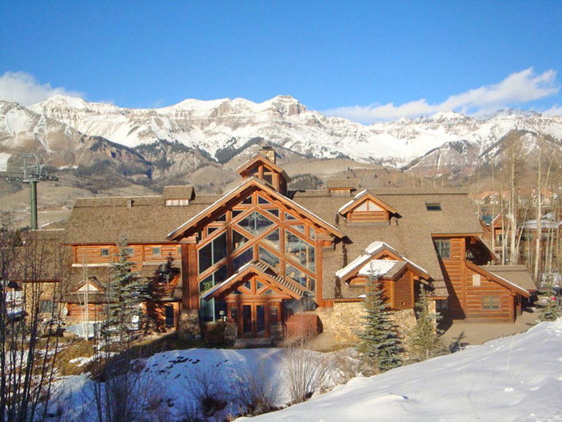 Condomínio para Venda às 457 Mountain Village Blvd, Unit 2213 Telluride, Colorado 81435 Estados Unidos