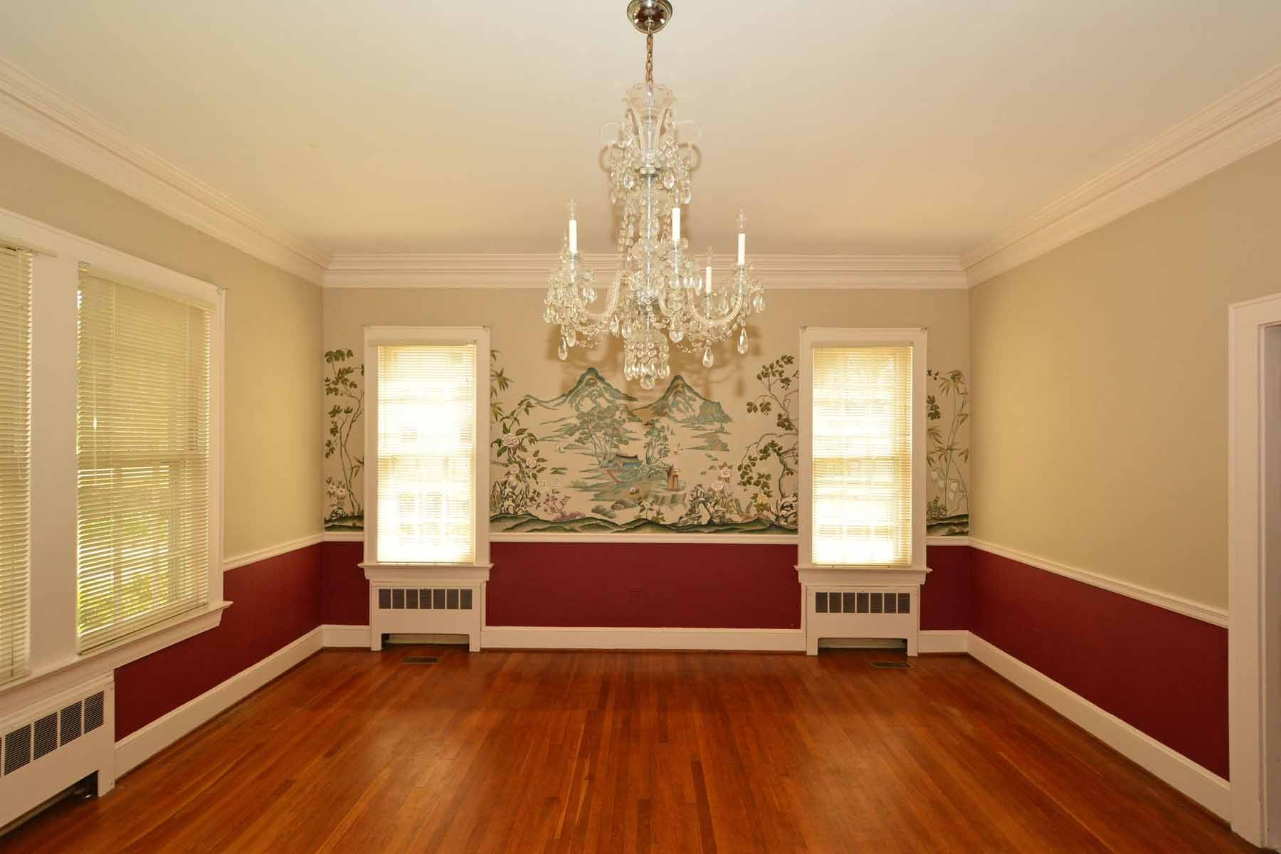 Additional photo for property listing at Bell House 304 N. Main St Warrenton, North Carolina 27589 United States