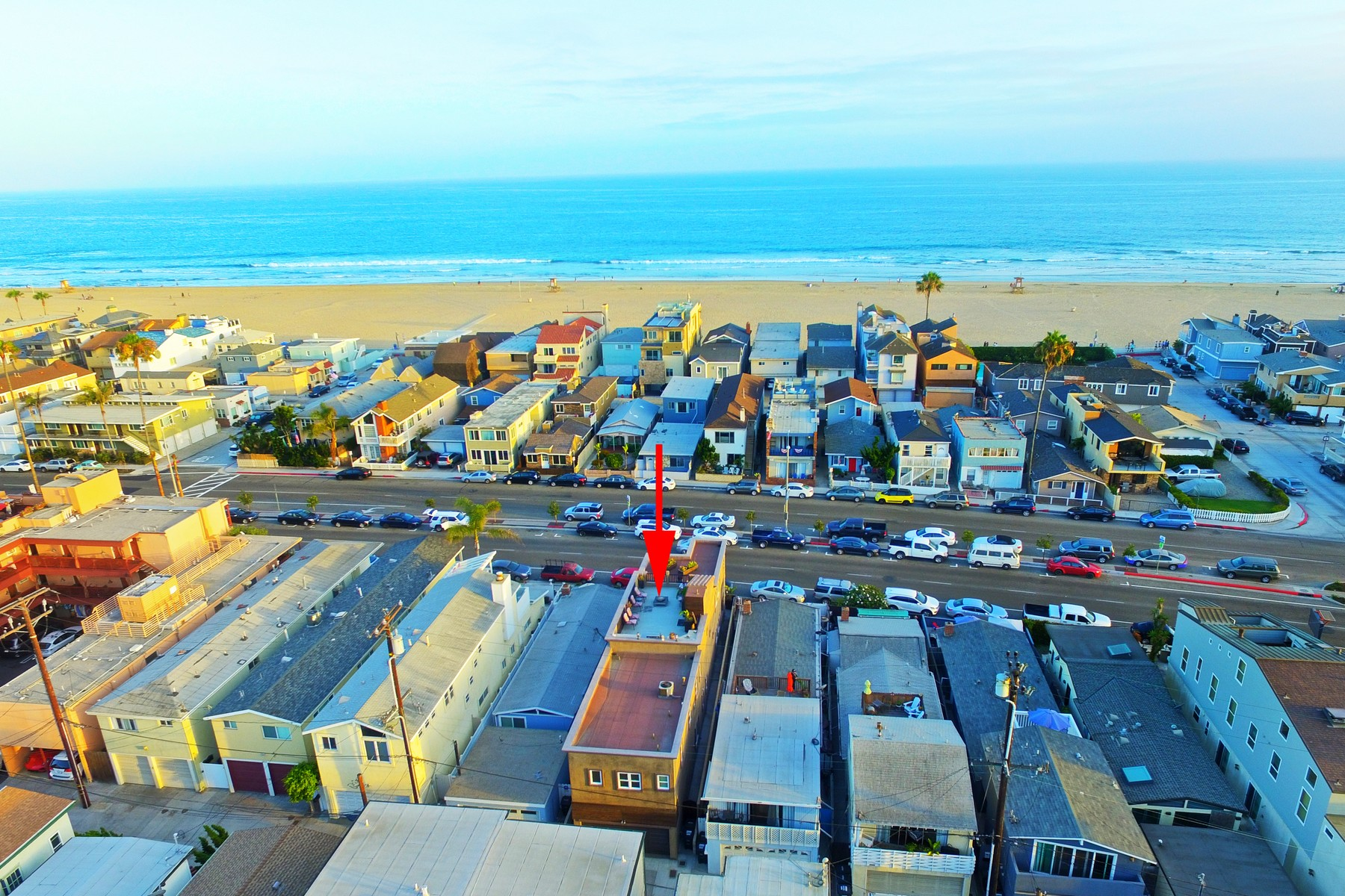 Частный односемейный дом для того Продажа на 1816 W. Balboa Blvd. Newport Beach, Калифорния, 92663 Соединенные Штаты