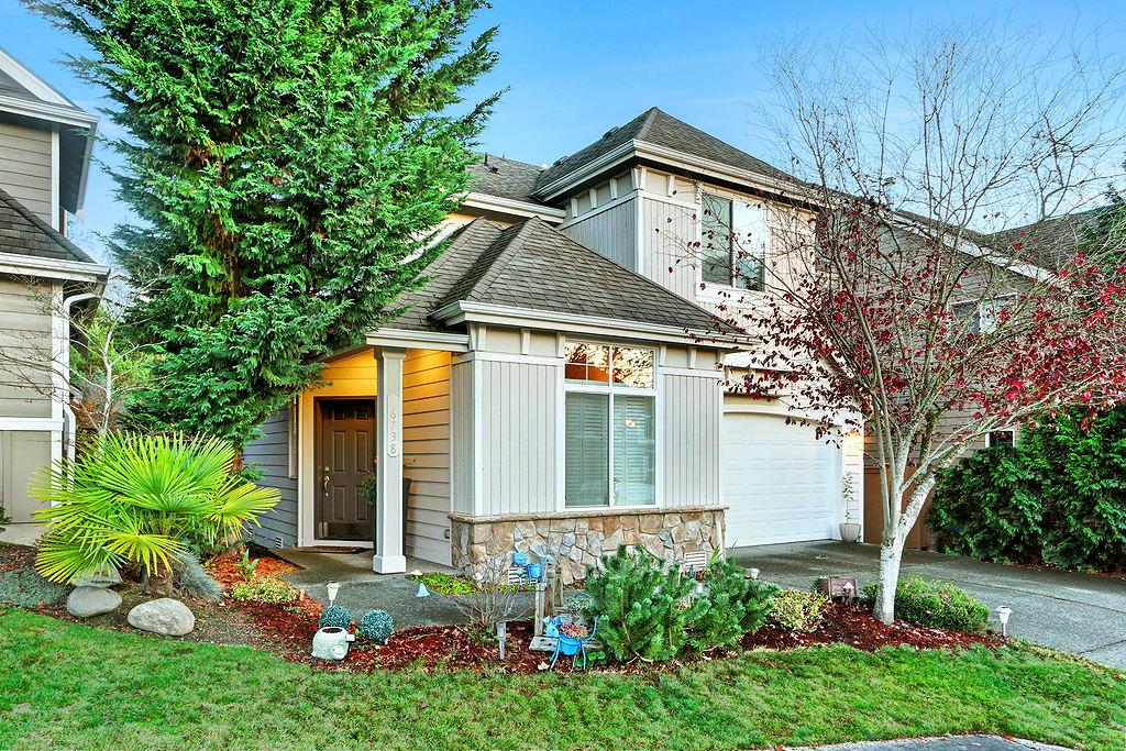 Single Family Home for Sale at Woodside at Mcgaravey Park 16738 166th Pl SE Renton, Washington, 98058 United States