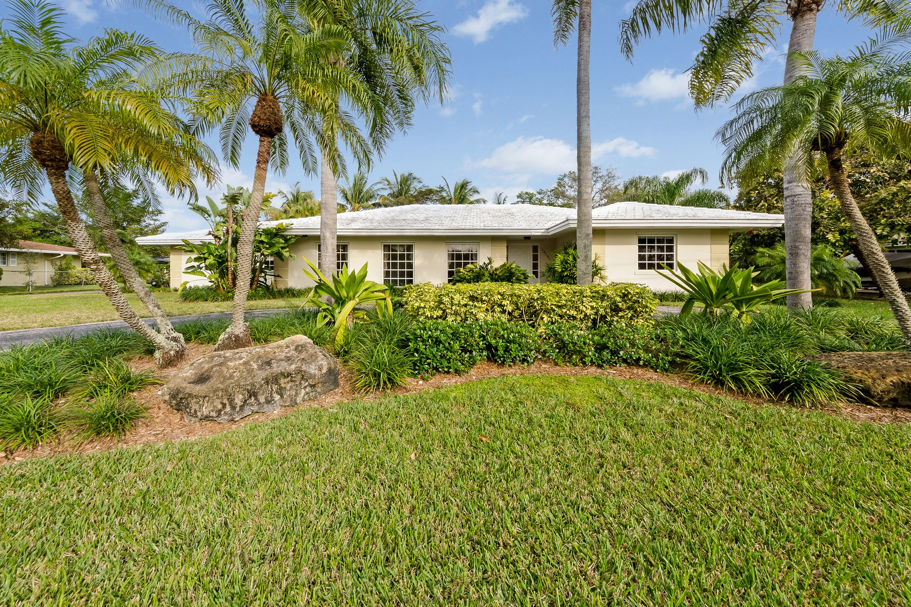 Property For Sale at Palmetto Island Residence