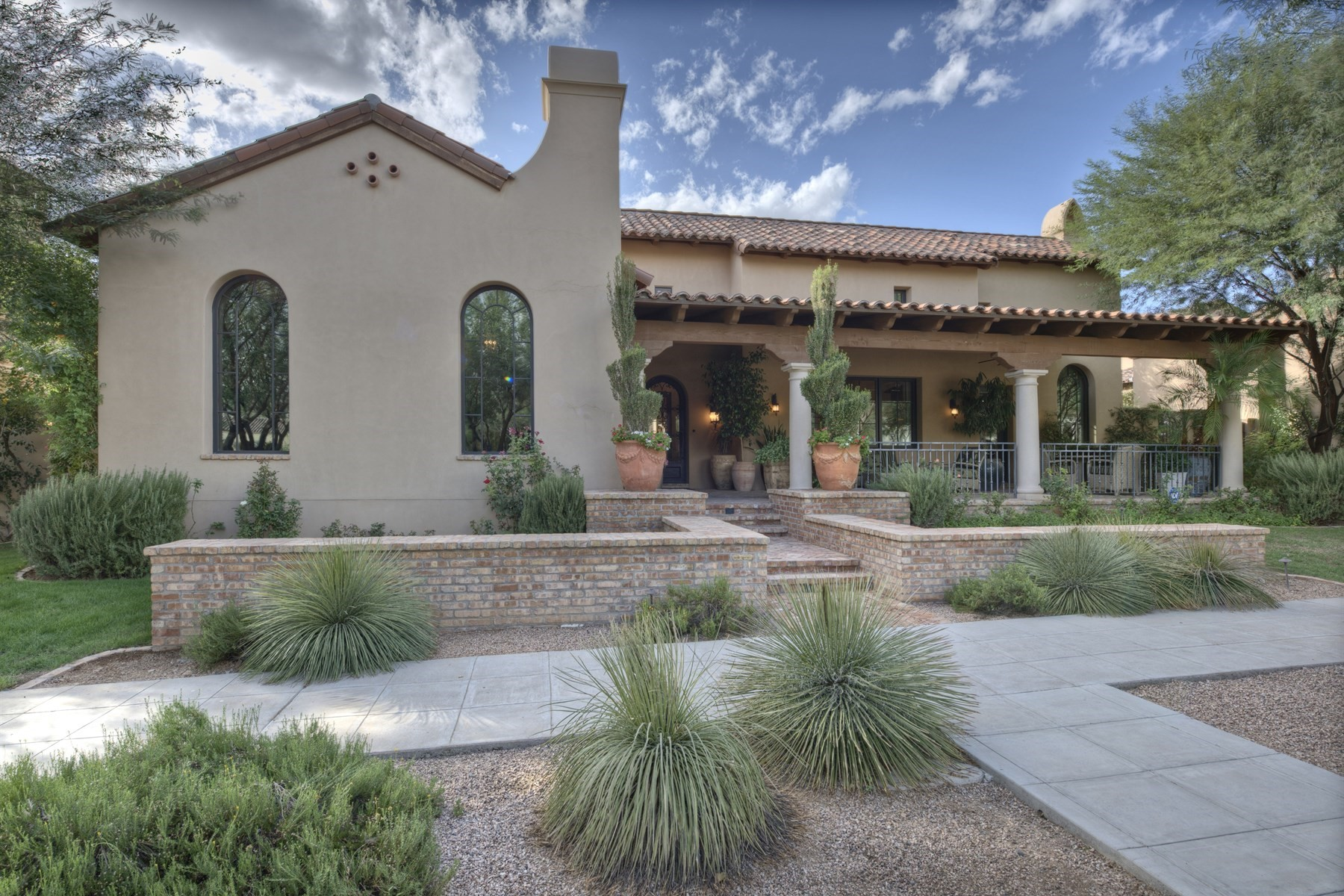 Single Family Home for Sale at Wonderful ''Salcito'' homestead property in Silverleaf 20664 N 101st Way Scottsdale, Arizona, 85255 United States