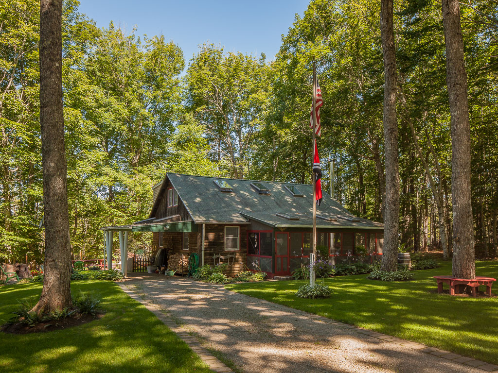 Single Family Home for Sale at 1000 Main Road Islesboro, Maine 04848 United States